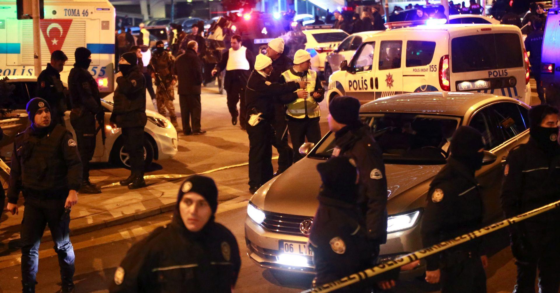 Ankara prati trag Gulena, Moskva oprezna glede ubojstva ruskog veleposlanika