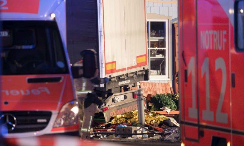 UŽIVO: BERLIN Kamion se zabio u ljude na božićnom sajmu, devetero poginulih i više od 50 ozlijeđenih