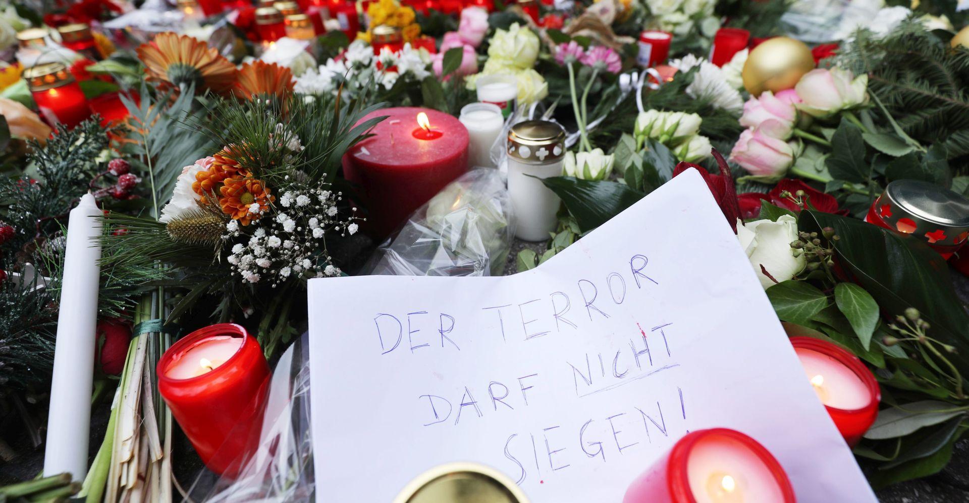 """BUNDESLIGA Njemački klubovi odali počast žrtvama Berlina: """"Ovo mora prestati"""""""