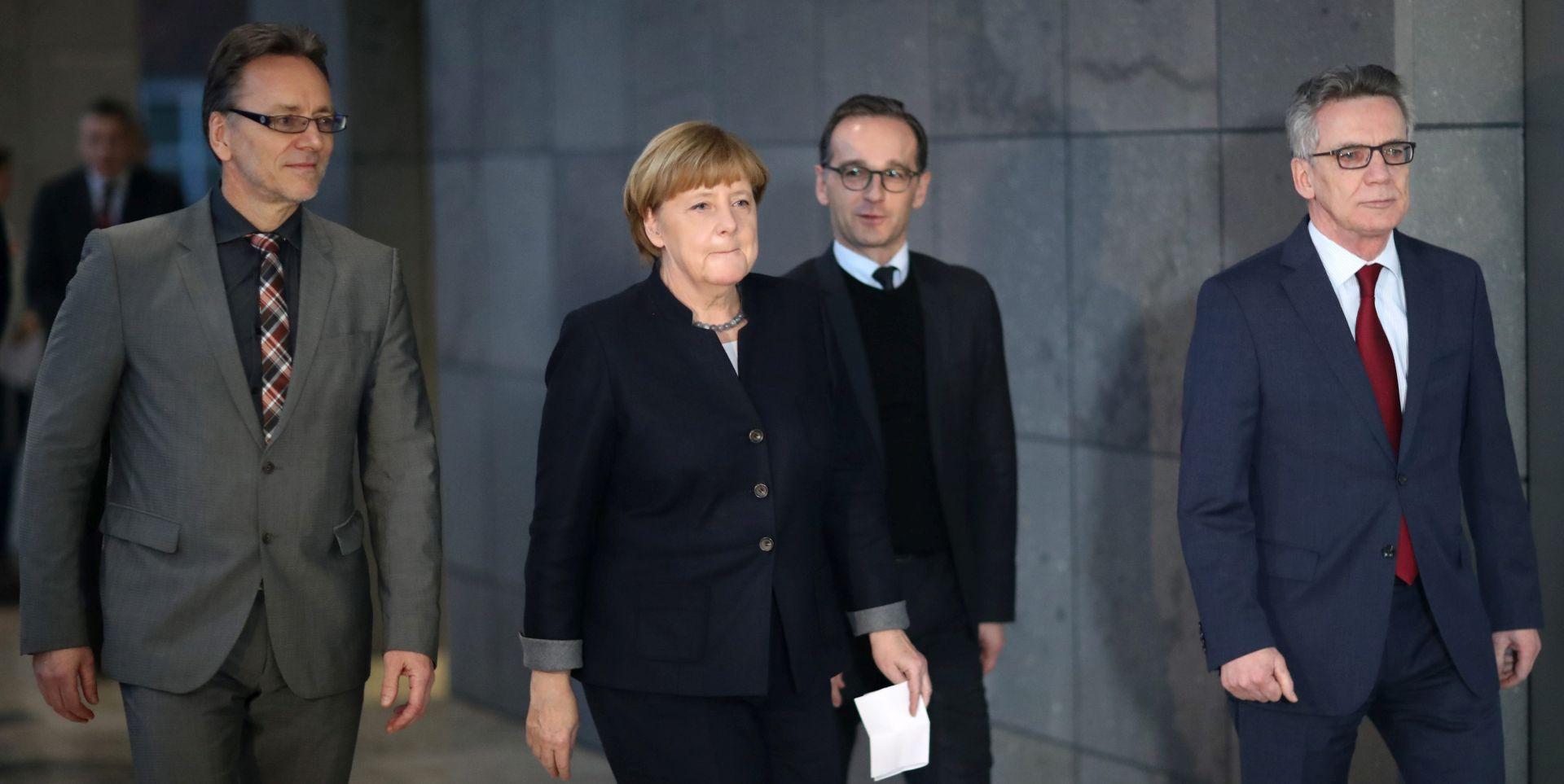 """MAAS """"Europa će uložiti više u obranu ako SAD postane nepredvidljiviji partner"""""""