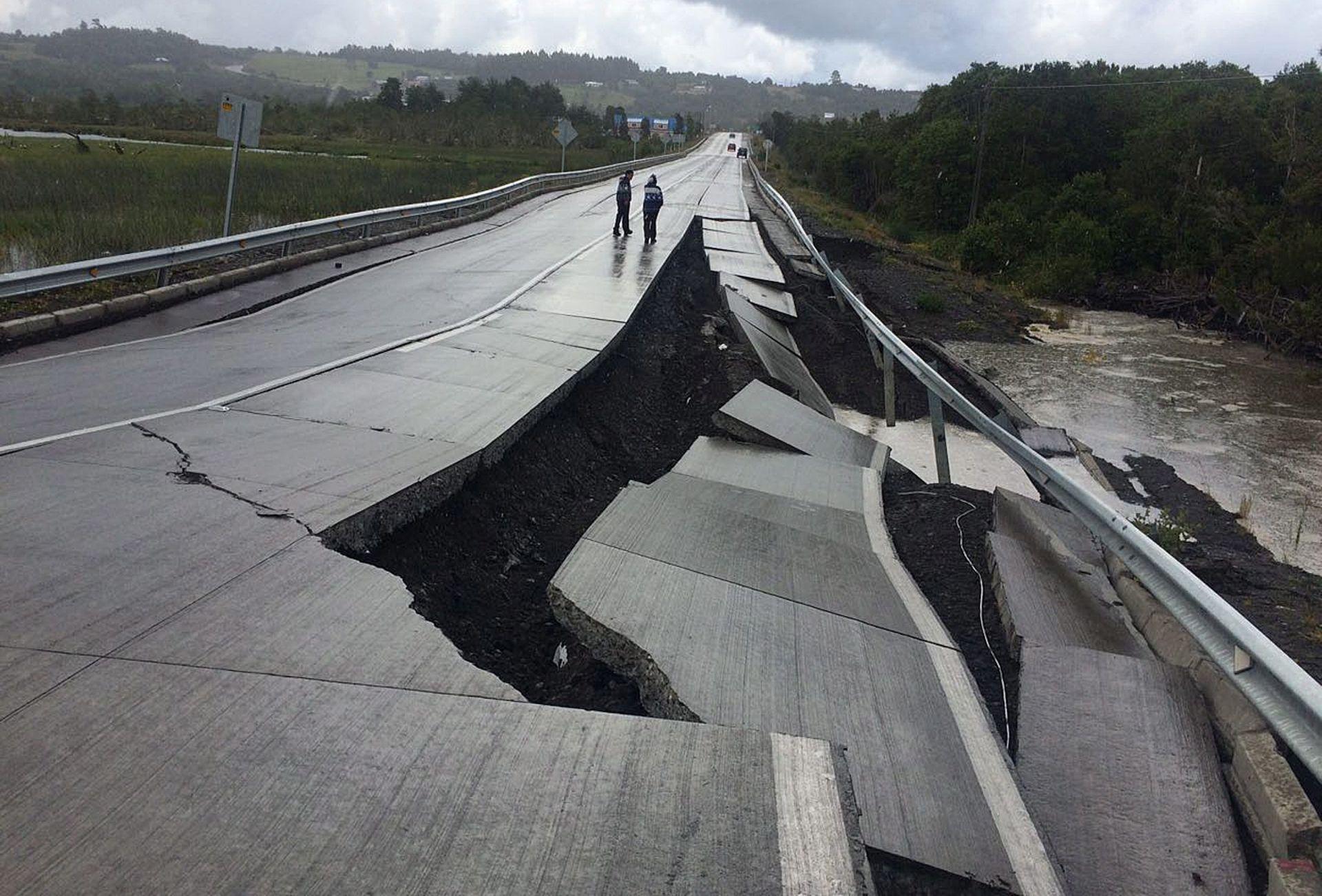 NEMA OPASNOSTI: Povučeno upozorenje na tsunami izdano nakon potresa u Čileu