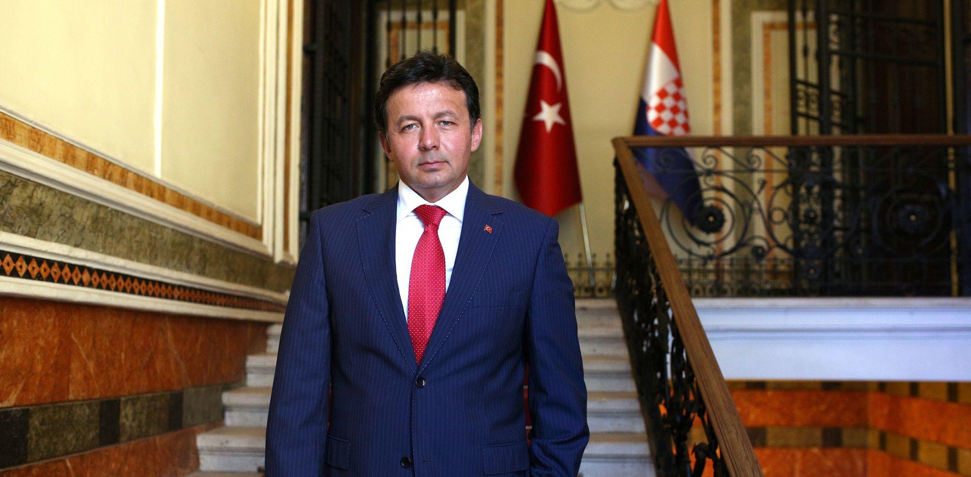 REAKCIJA: TURSKO VELEPOSLANSTVO 'Tuta je 29. listopada otpušten iz javne službe'