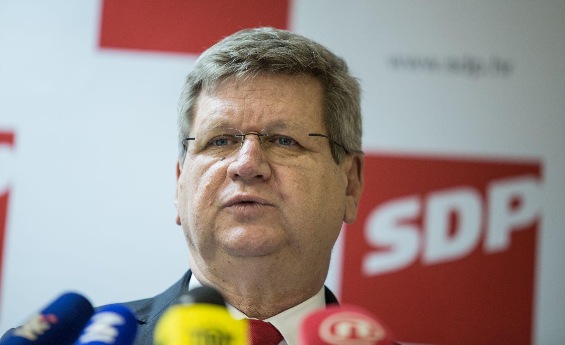 """MRSIĆ O KUPOVINI INA-E """"Referendum građana jedini je ispravan put"""""""