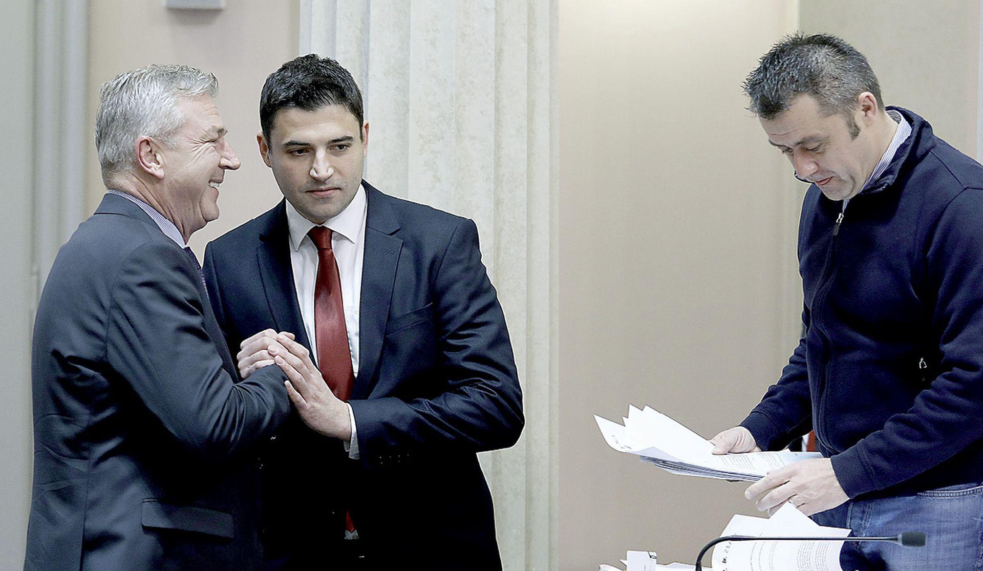 Bernardić nije uspio zapečatiti političku sudbinu Ranka Ostojića