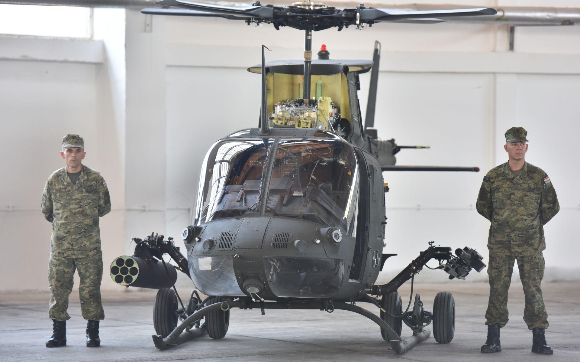 MORH Svi helikopteri Kiowa Warrior dopremljeni u bazu Zemunik