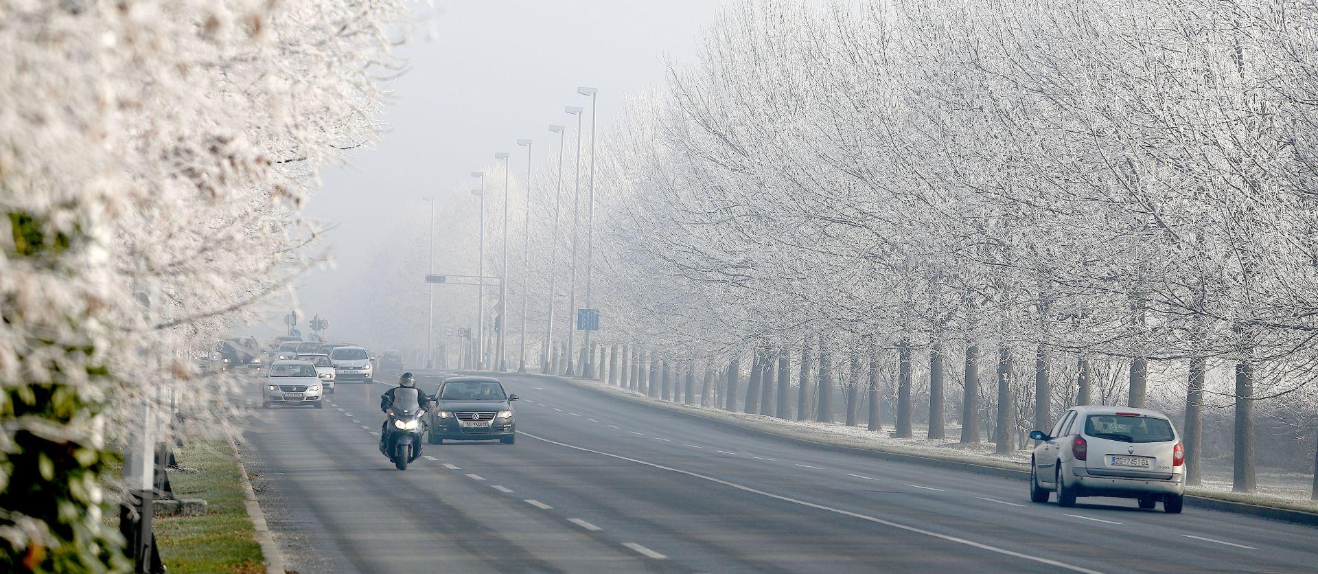 HAK Magla smanjuje vidljivost u Lici i na A1, moguća poledica