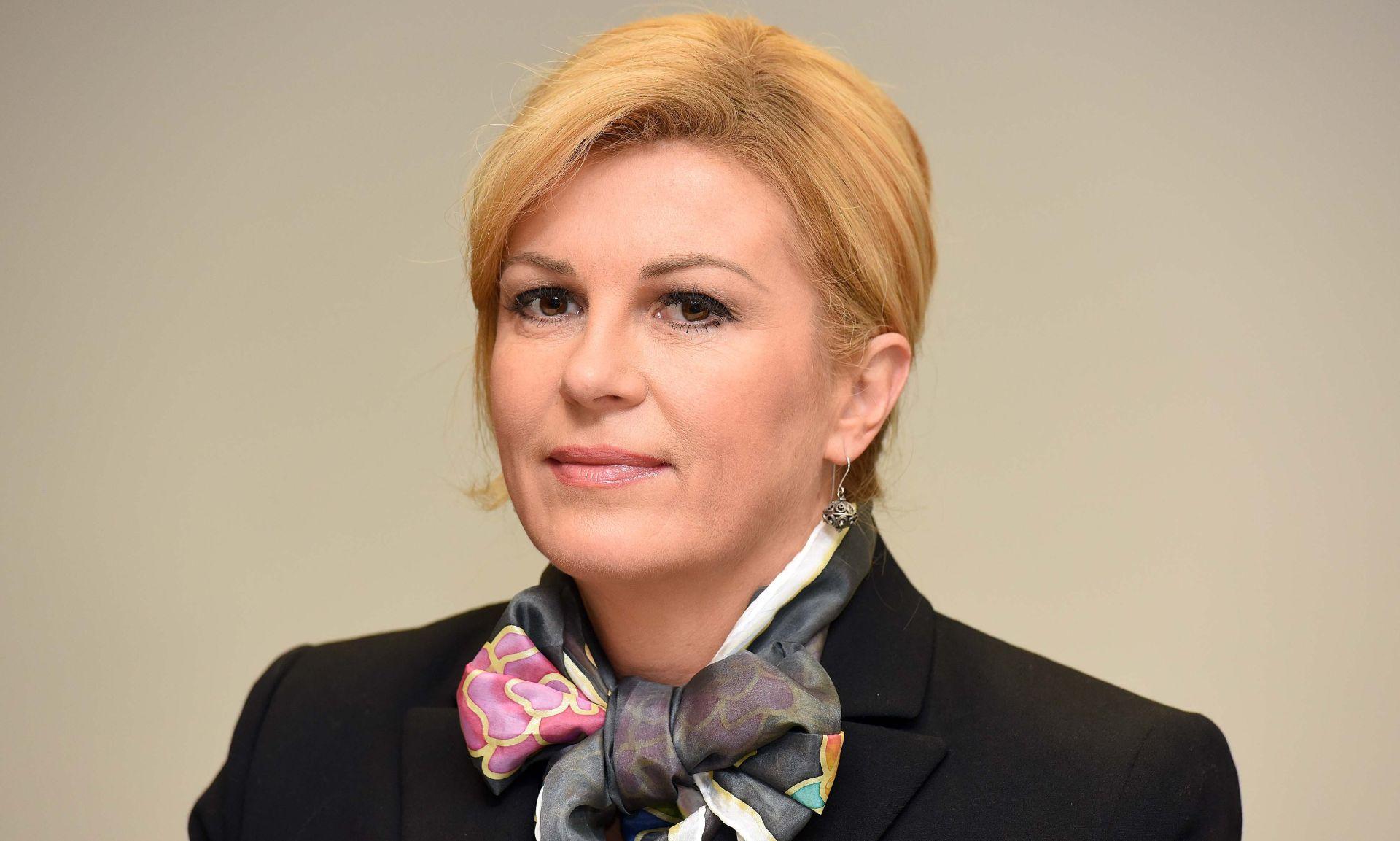 Predsjednica uputila božićnu čestitku  predsjedniku i članovima Hrvatske biskupske konferencije