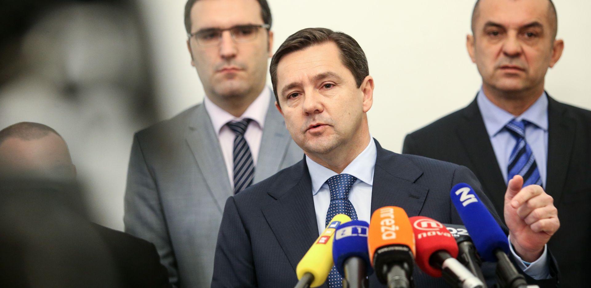 """MIKULIĆ """"Bandić ne može kupiti HDZ niti jednog njegovog člana, proračun nije Bandićev"""""""
