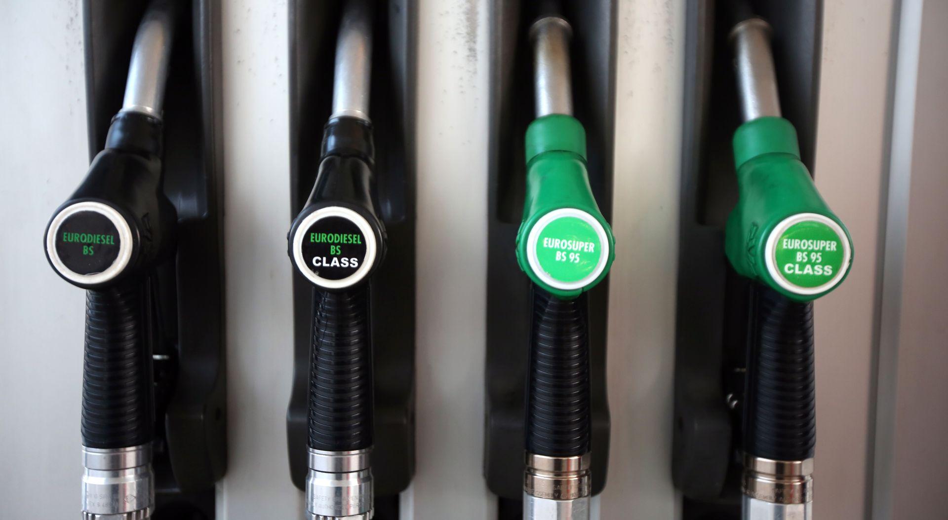Poskupjelo gorivo, cijena benzina u posljednjih mjesec dana 'skočila' za 46 lipa