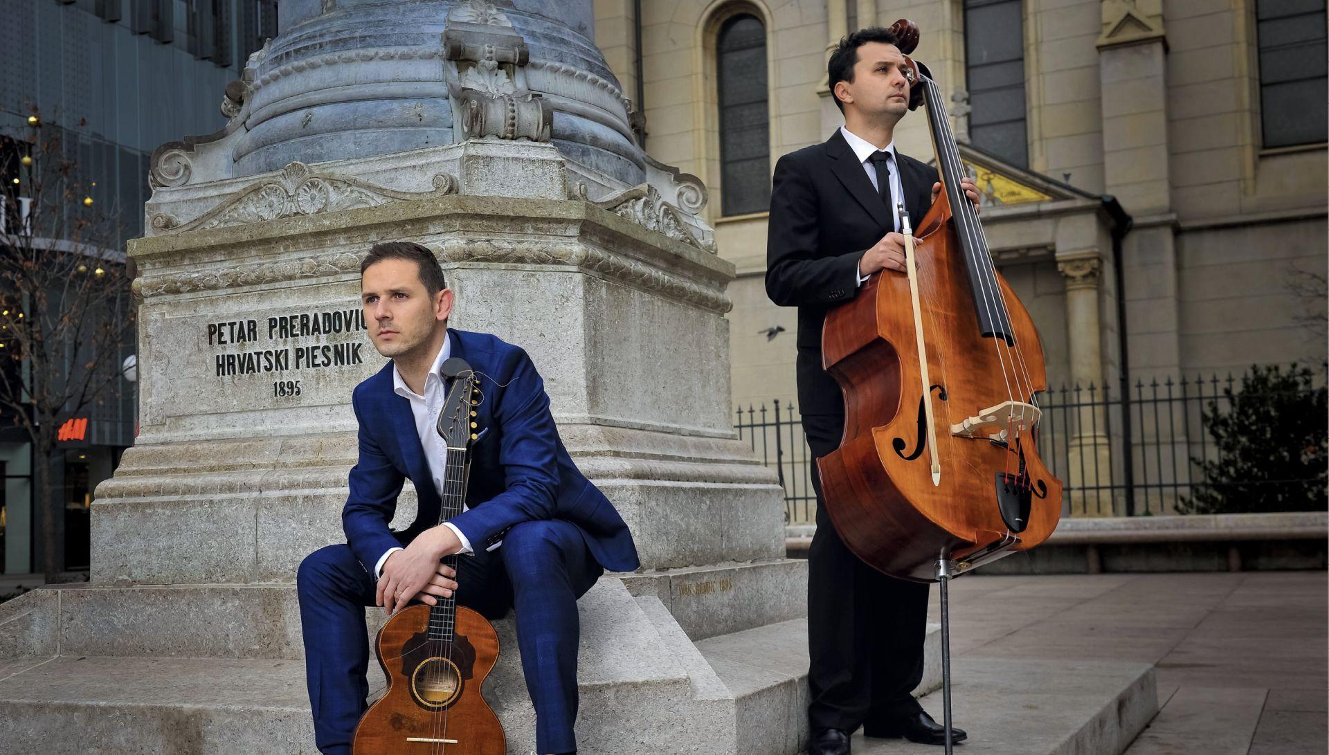 INTERVIEW: FILIP NOVOSEL Prvi glazbeni duo u svijetu koji tamburu predstavlja uz jazz