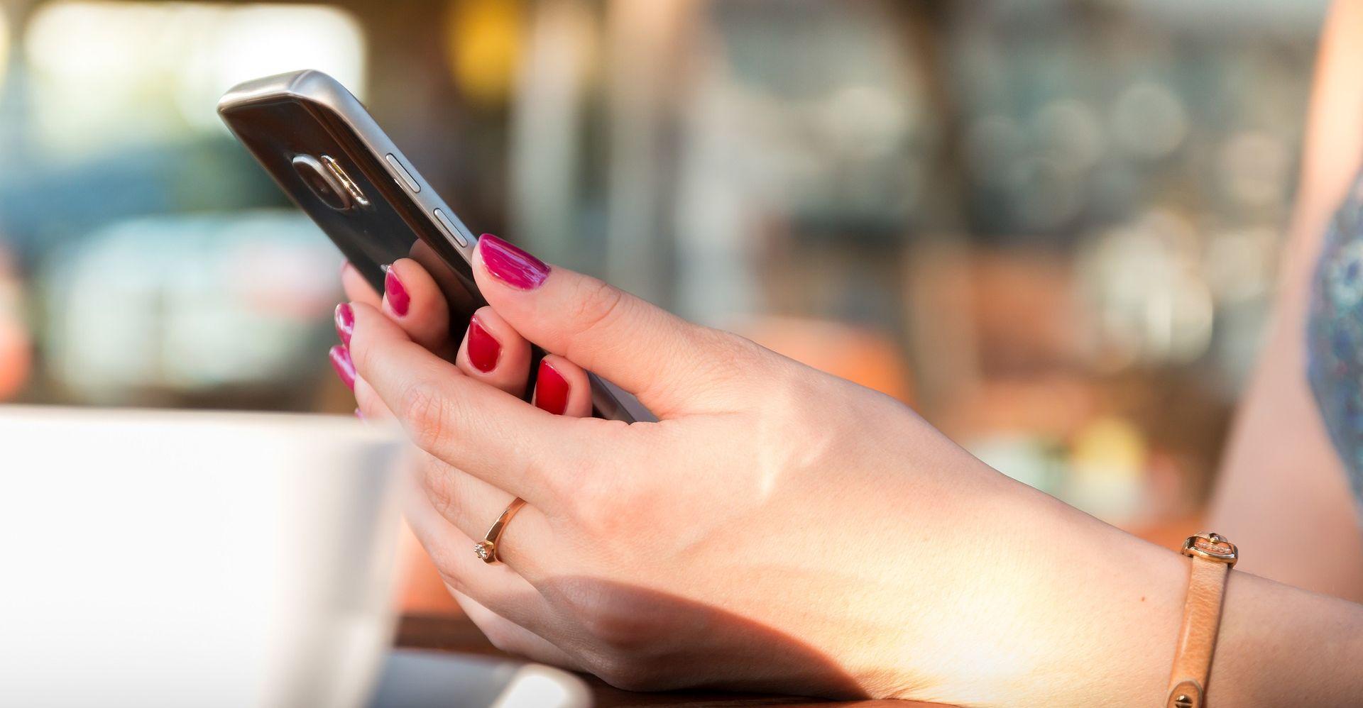 Finci su opsjednuti pametnim telefonima