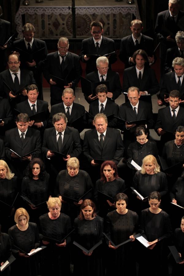 bozicni-zbor-opere