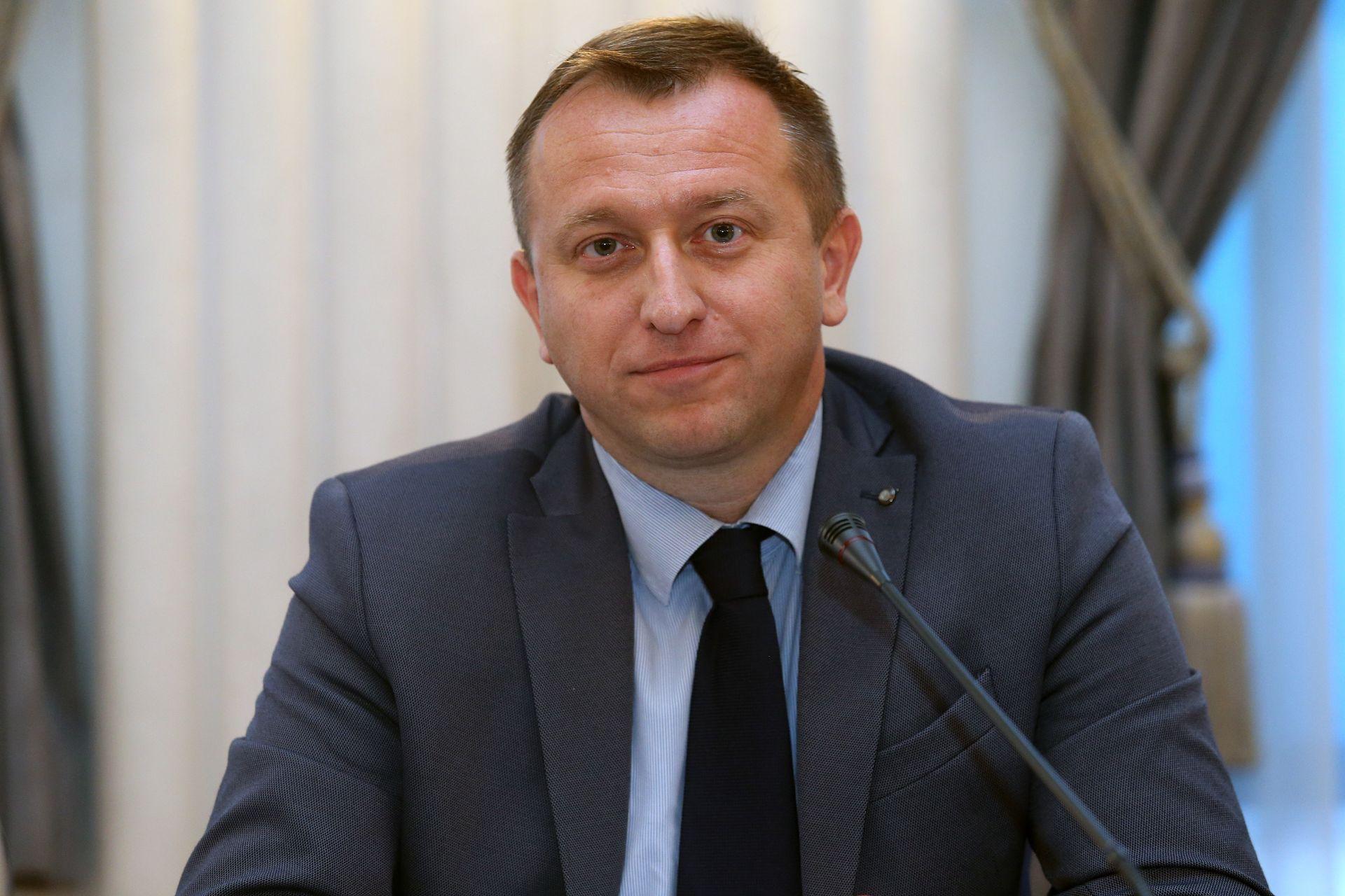 POLICIJA TRAGA ZA NAPADAČIMA: Pretučen bivši gradonačelnik Osijeka Krešimir Bubalo