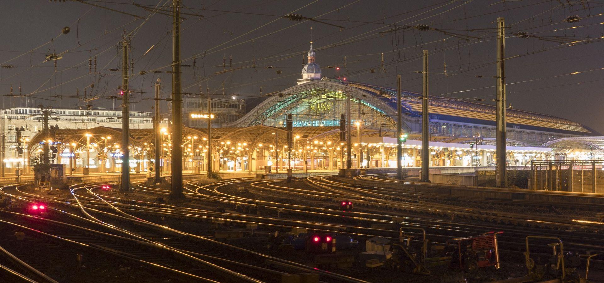 LAŽNA UZBUNA Policija evakuirala kolodvor u Kölnu nakon dojave o bombi