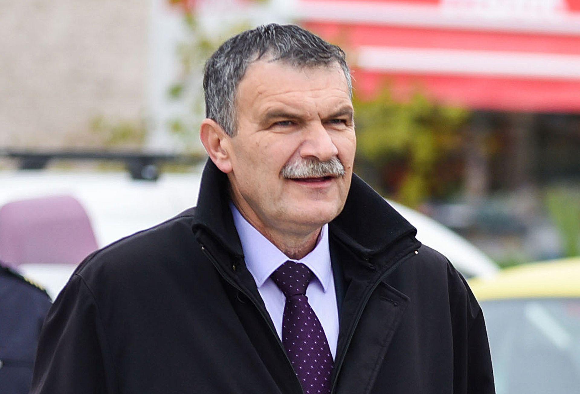 PREDSJEDNIK ŠIBENSKO-KNINSKOG HDZ-a: Tko ne plati članarinu, ne može na izbore