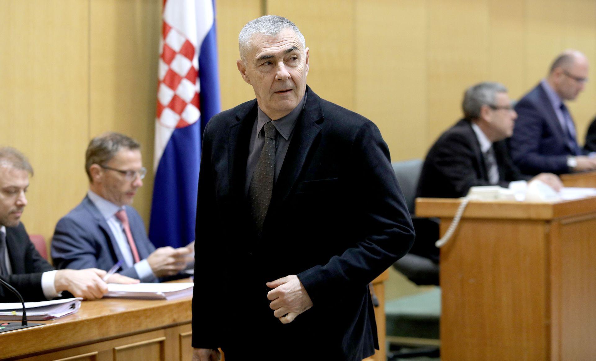"""GLASNOVIĆ O ŽIVOM ZIDU: """"Spika"""" o NATO-u odvlači pažnju od najvećeg problema u RH"""