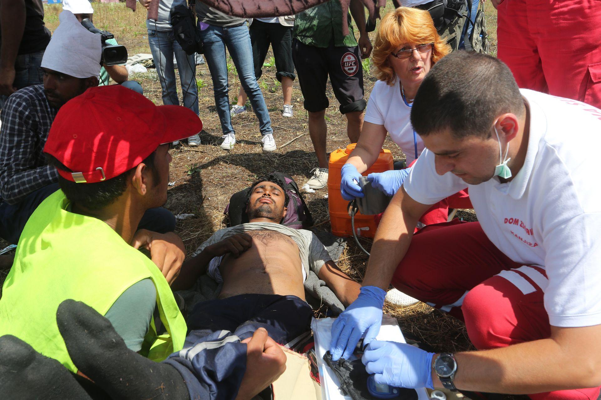 PROMETNA NESREĆA: Poginula dvojica migranata, među 10 ozlijeđenih petero djece