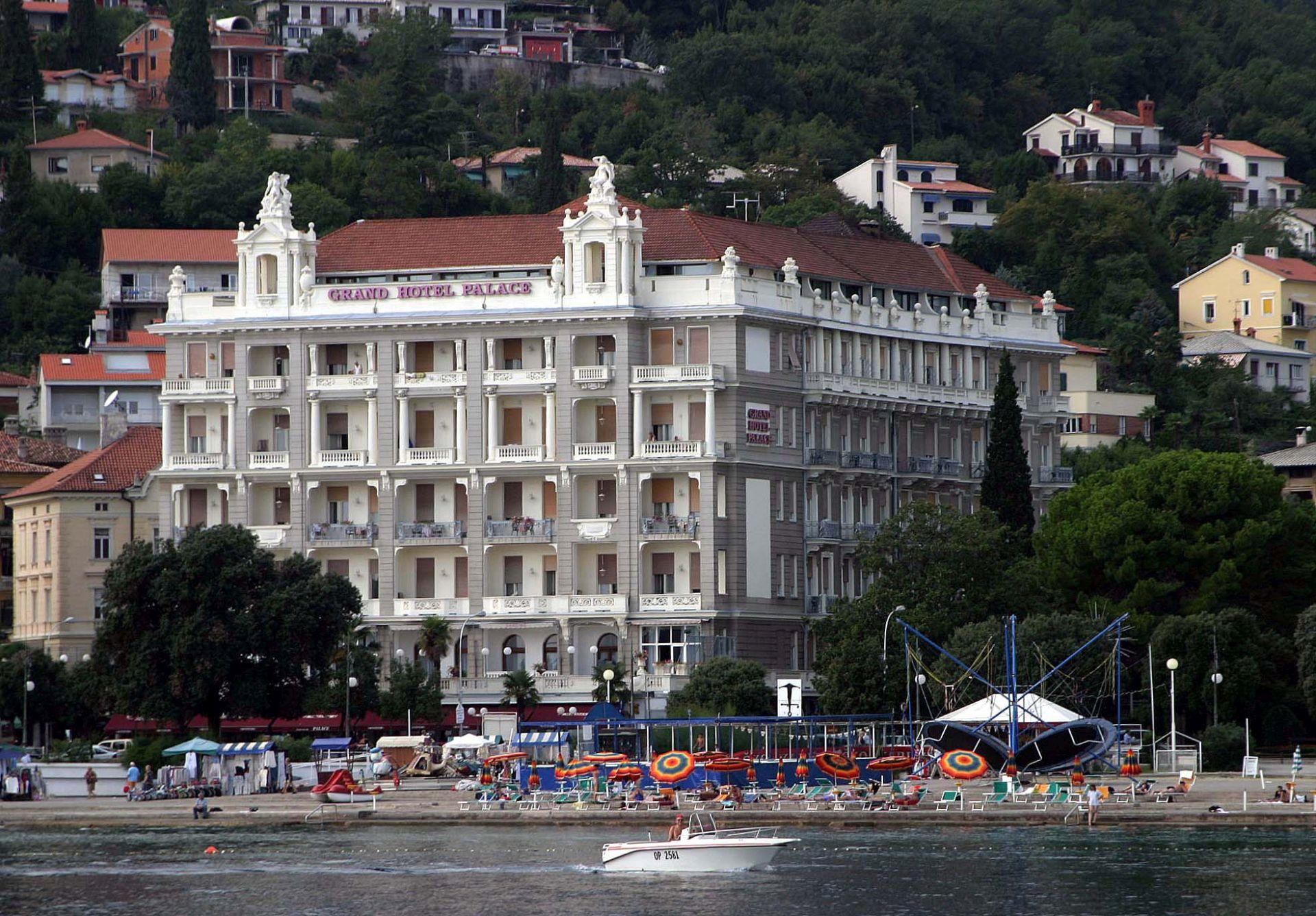POREZNA REFORMA: Hotelijeri i ugostitelji spremni za promjene PDV-a