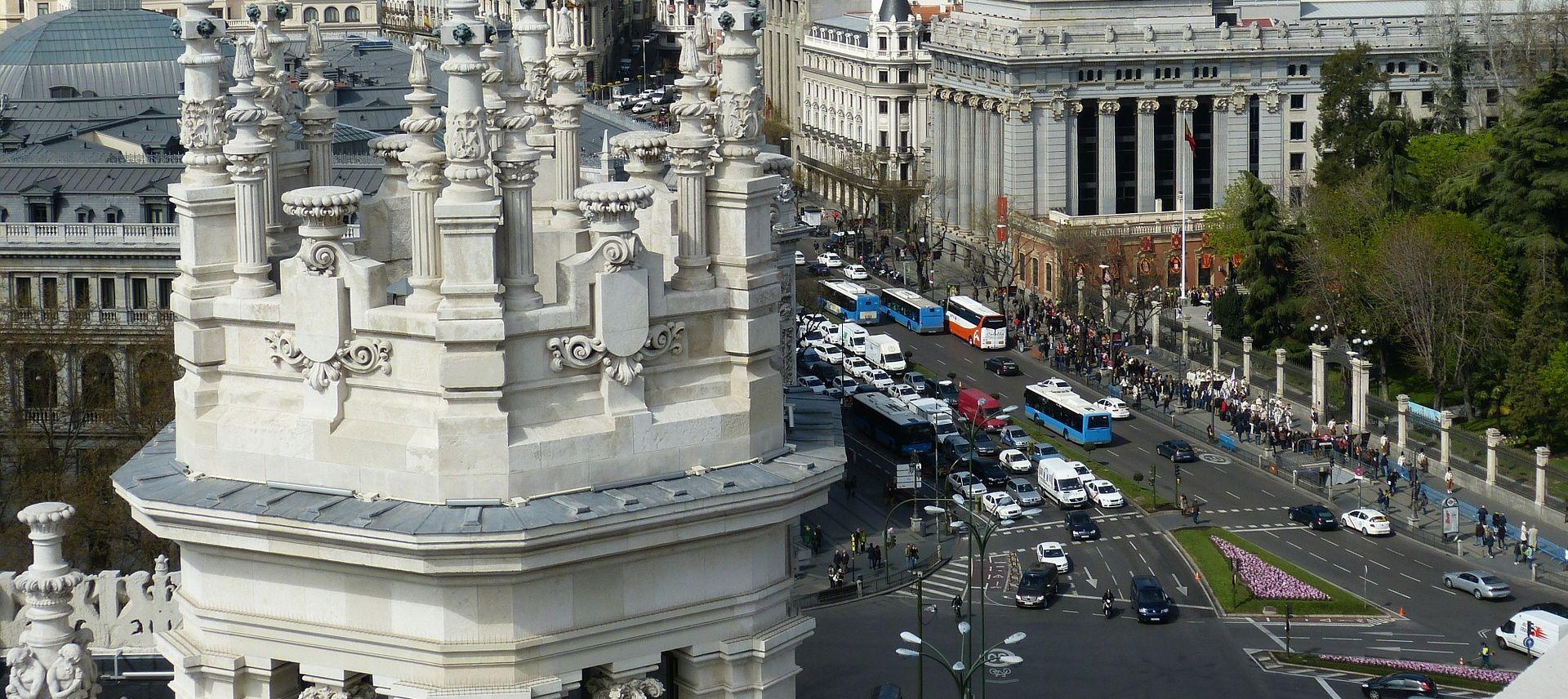 'PAR-NEPAR' Madrid prepolovio promet zbog zagađenosti