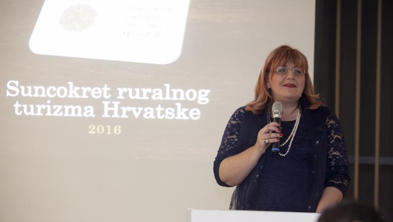 mr. sc. Dijana Katica, predsjednica Hrvatske udruge za turizam i ruralni razvoj 'Kluba članova Selo',