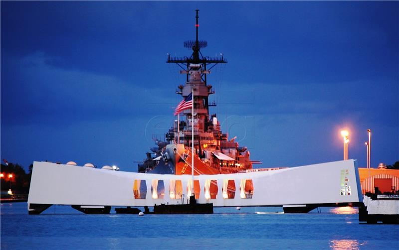 POVIJESNI POSJETI: Nakon Obame u Hirošimi, Abe dolazi u Pearl Harbor