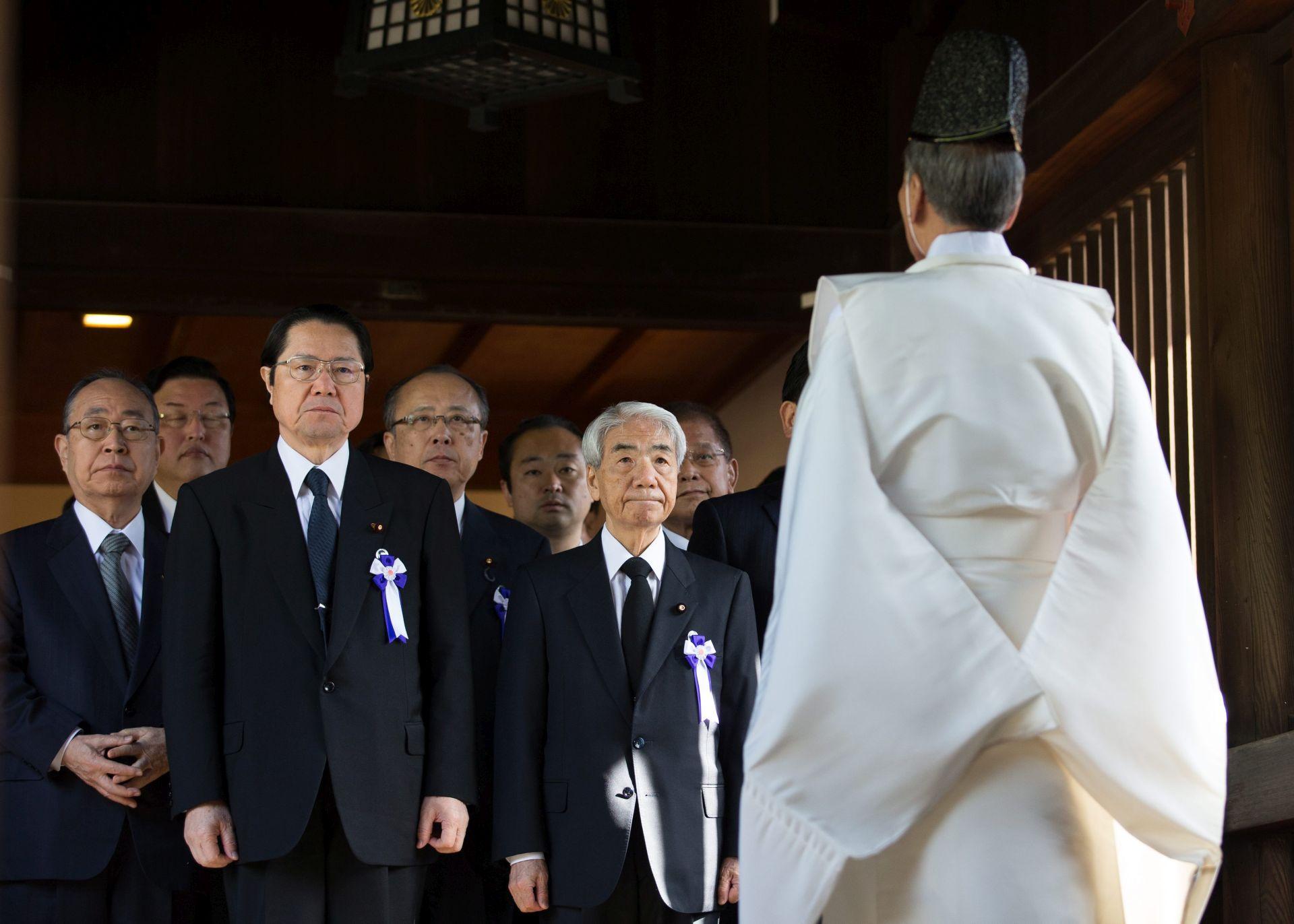 NAKON PEARL HARBORA: Japanska ministrica obrane posjetila svetište Yasukuni