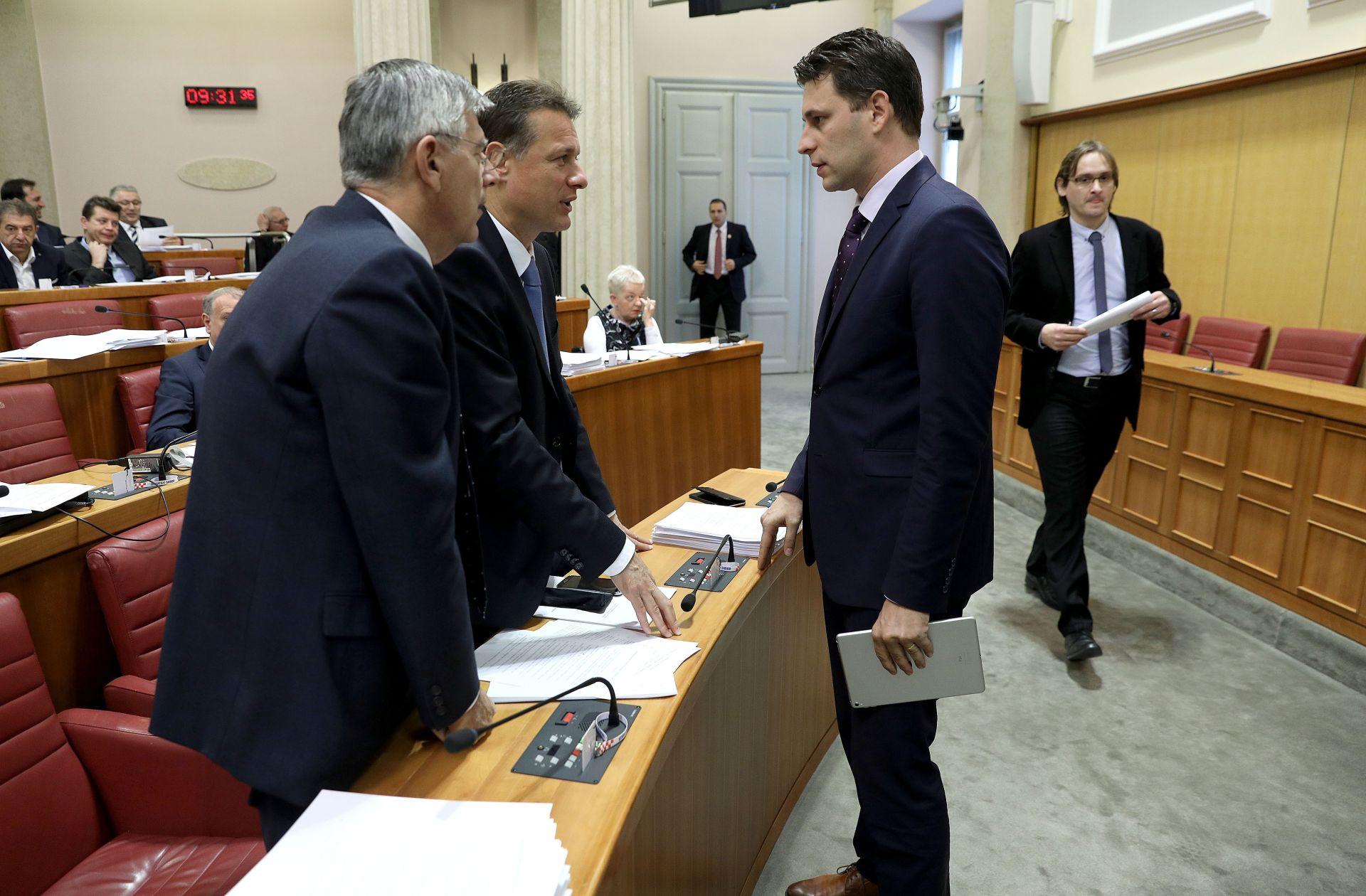 PETROV I JANDROKOVIĆ: 'Saborski zastupnici uskoro će dobiti etički kodeks'