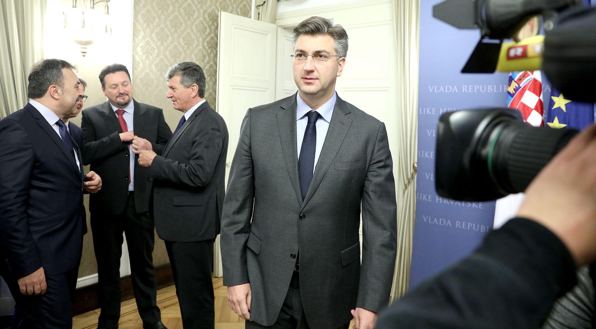 PLENKOVIĆ: Cilj HDZ-a je osvojiti 13 županija na lokalnim izborima