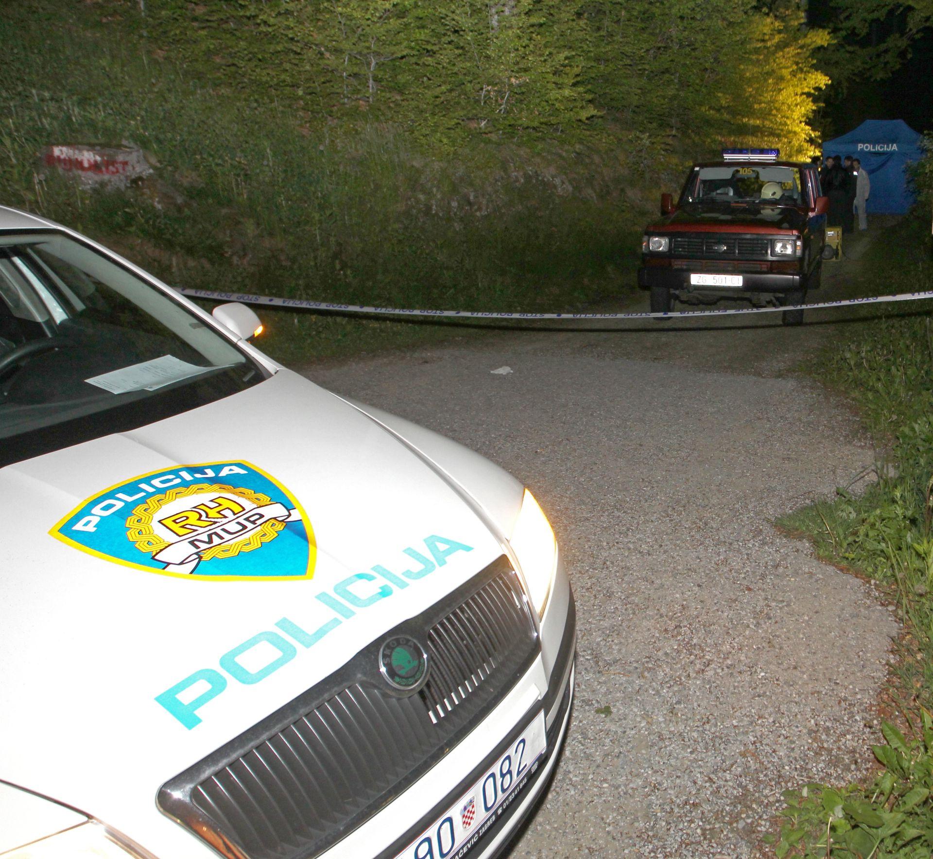 Prometna nesreća kod Rijeke, automobil završio na zidu kuće