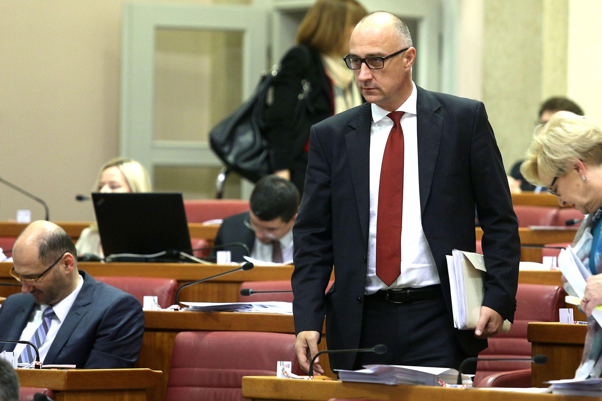 VRDOLJAK: 'Most radi Schindlerove liste, Jukić nema veze s HNS-om'