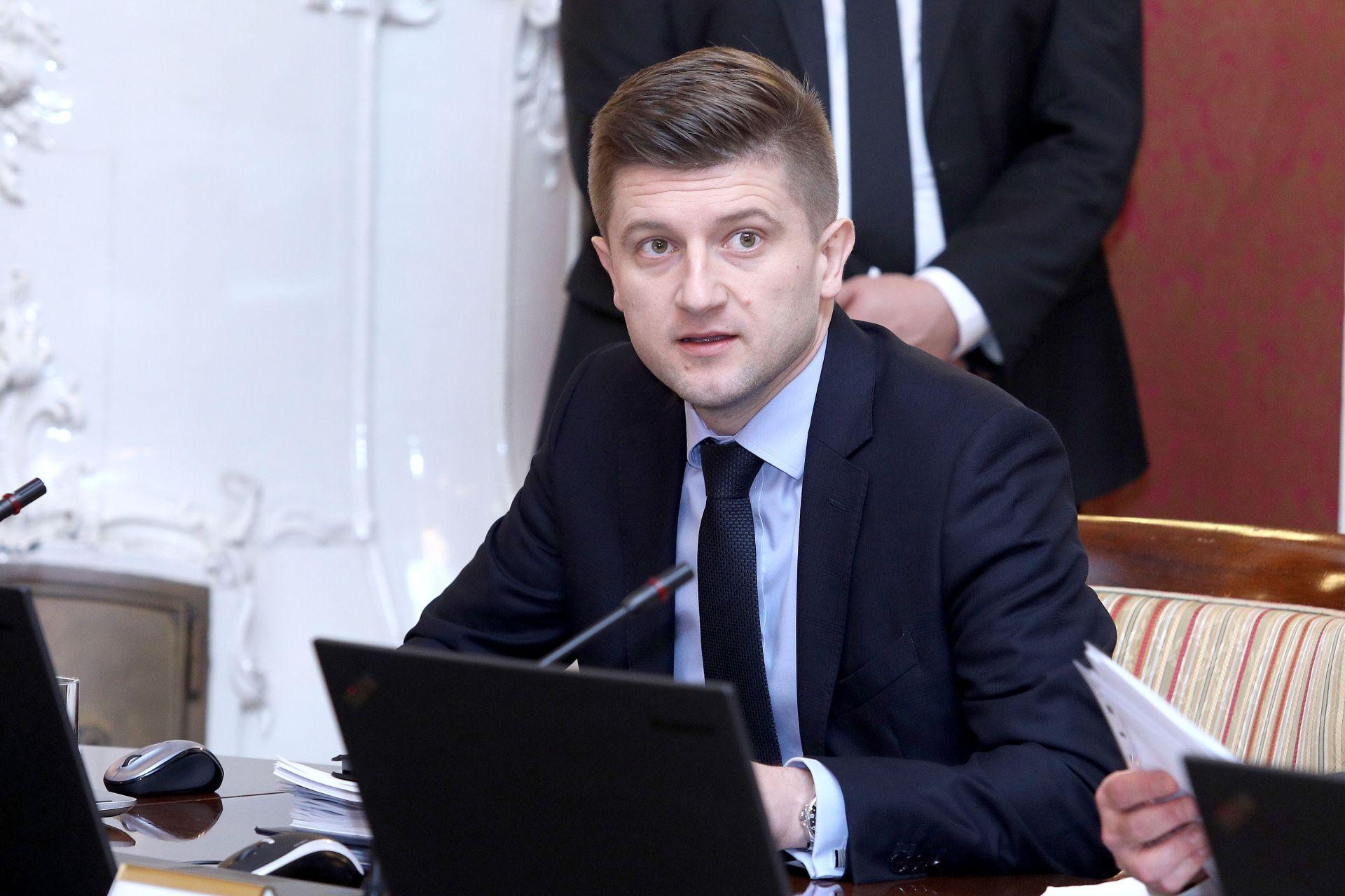 MARIĆ: 'Do sredstava za božićnice preraspodjelom među ministarstvima'