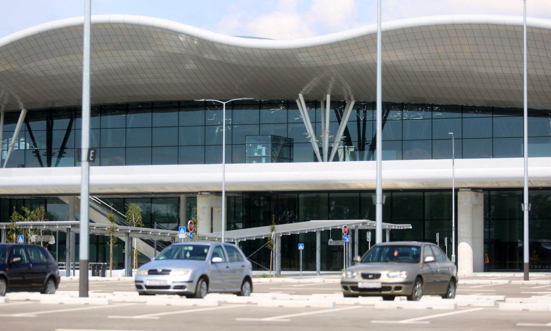 ZRAČNA LUKA ZAGREB: Počela testna pristajanja zrakoplova na novi terminal