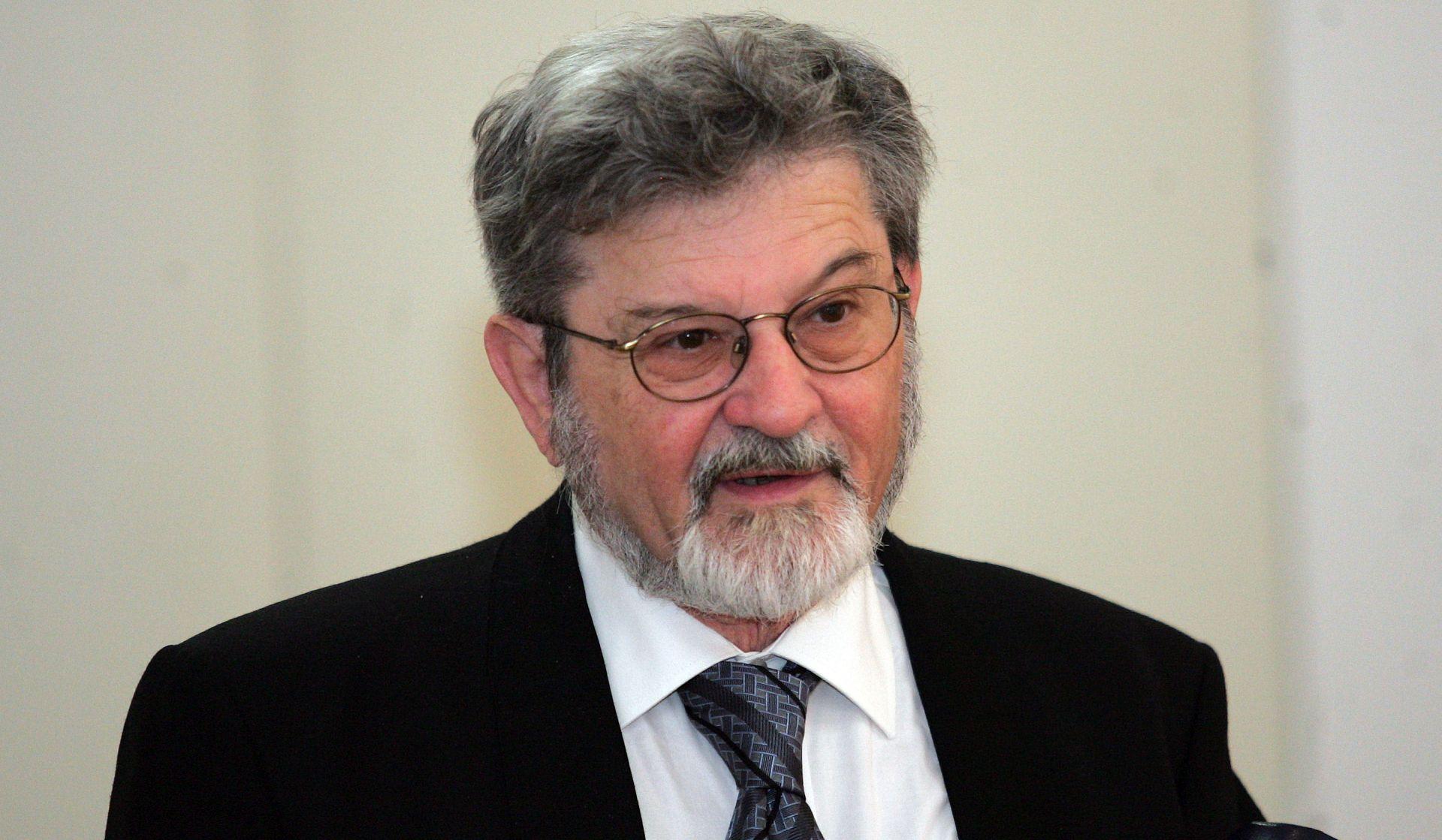 Preminuo dramaturg i književnik dr. Darko Gašparović