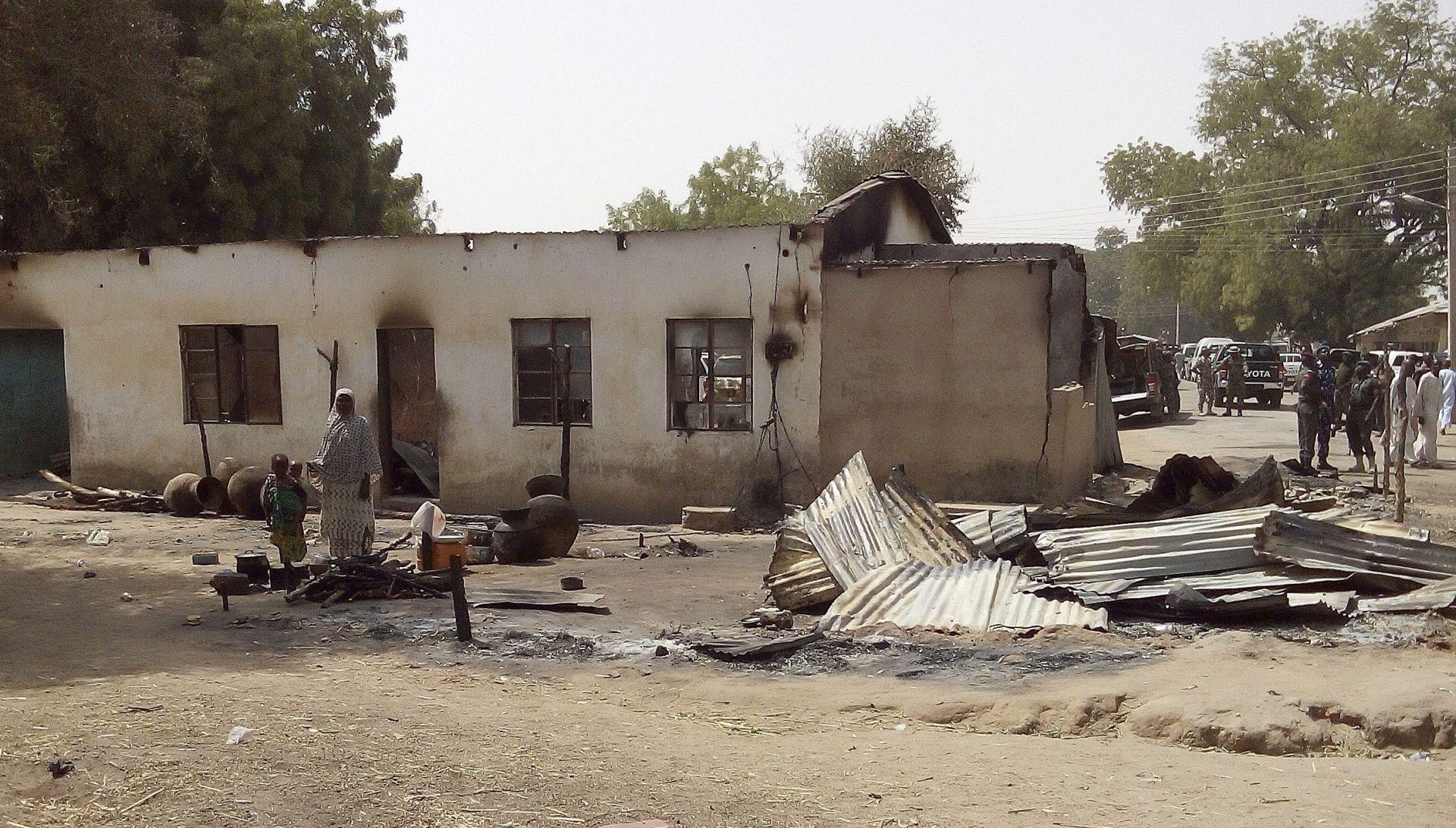 NIGERIJA 170 mrtvih u zračnom udaru na izbjeglički kamp