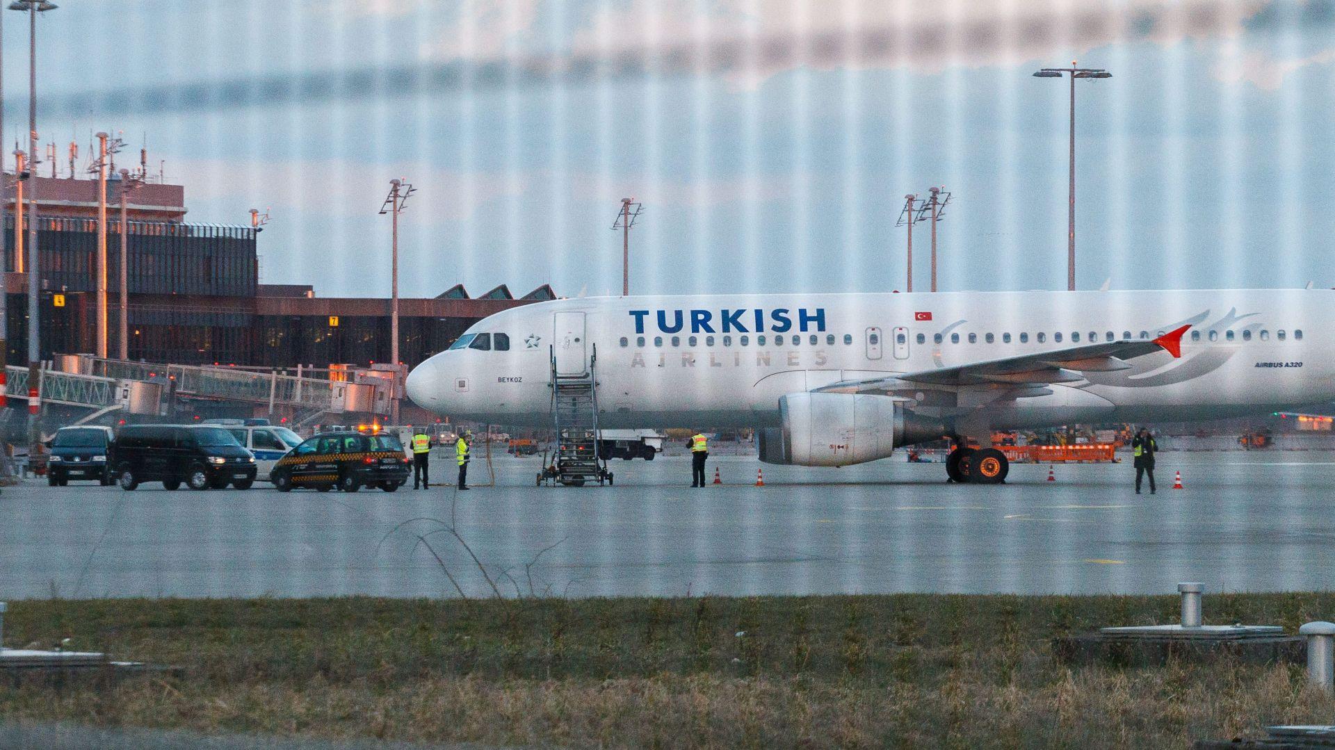 Teretni zrakoplov Turkish Airlinesa srušio se u Kirgistanu, stradalo najmanje 20 ljudi