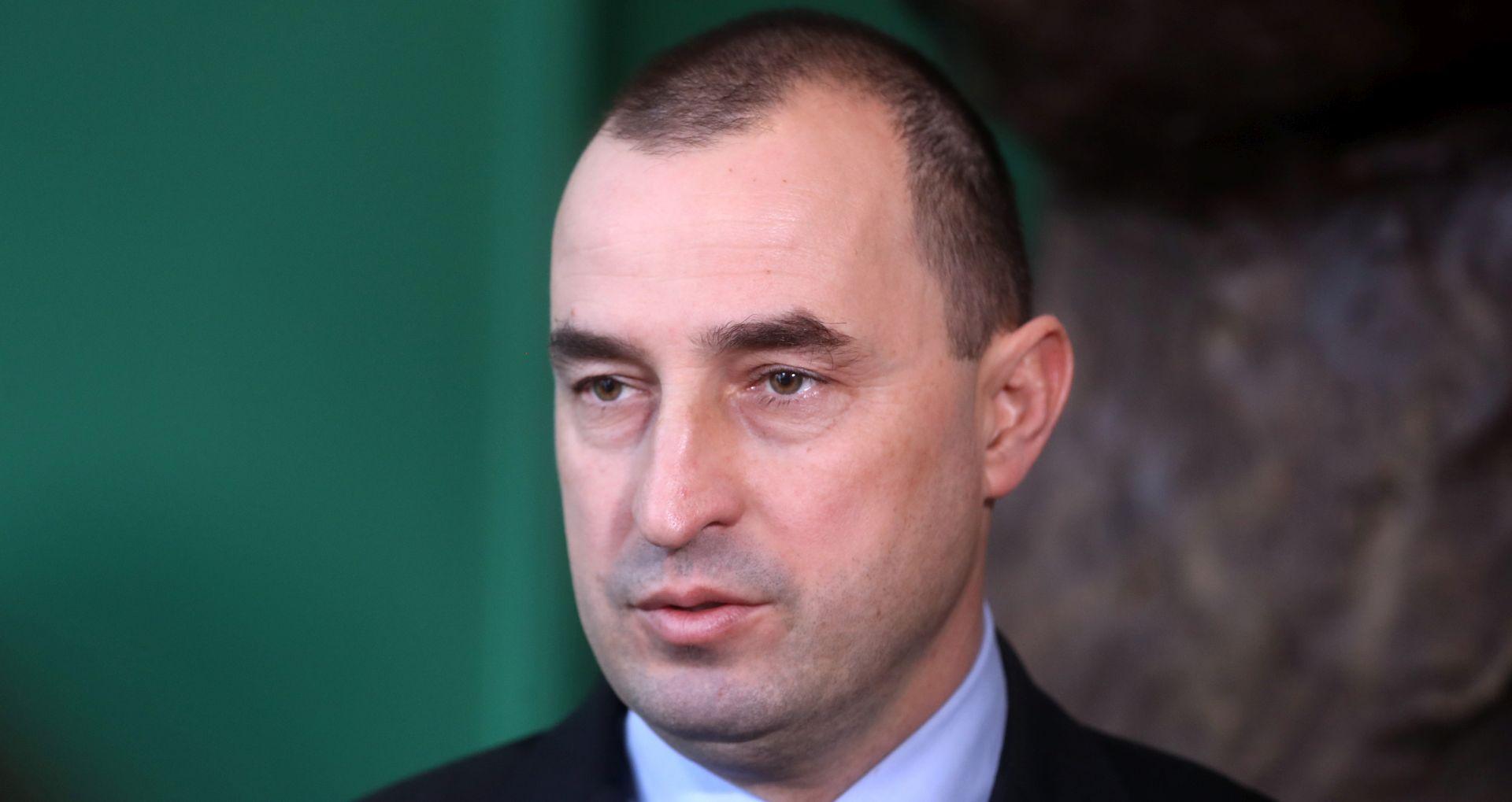 Nenad Matić izlazi iz HSS-a