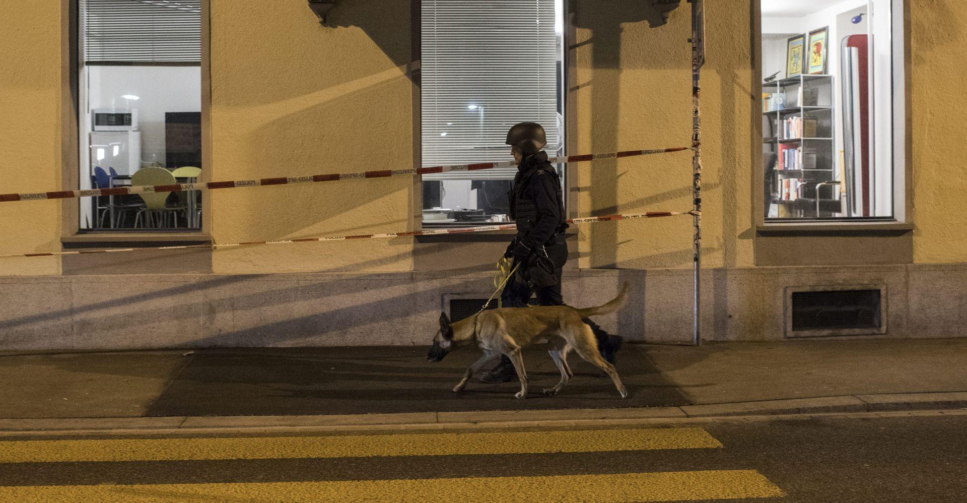 """ŠVICARSKA """"Opasni"""" napadač u bijegu nakon ranjavanja dva policajca"""