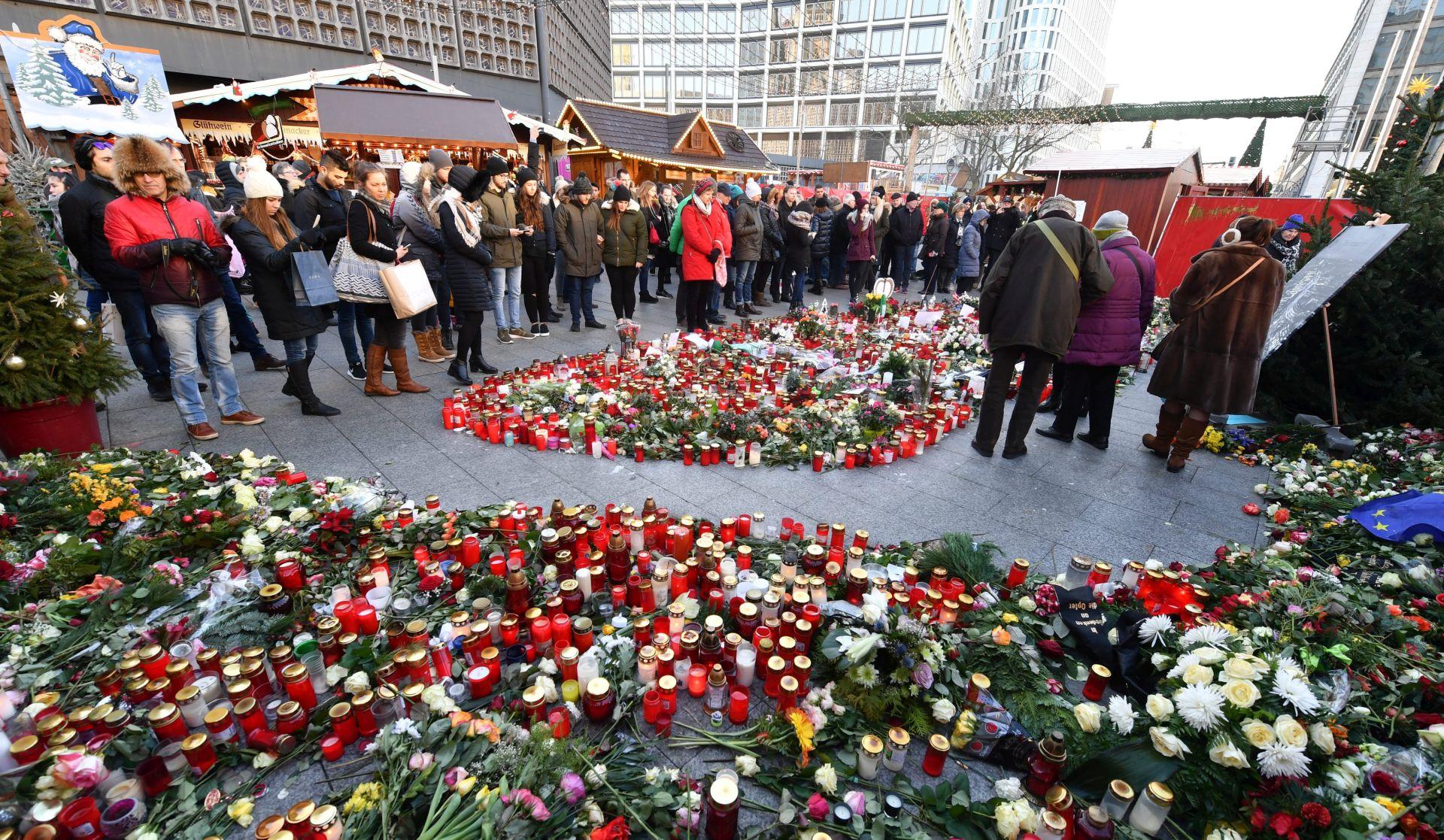 Merkel za brže deportacije nakon napada u Berlinu