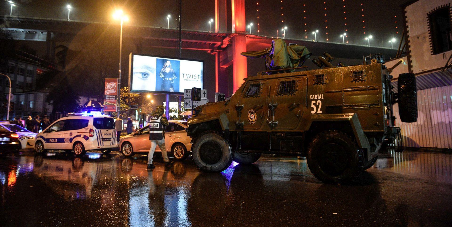 2017. ZAPOČELA TERORISTIČKIM NAPADOM Pucnjava u noćnom klubu u Istanbulu, najmanje 39 mrtvih