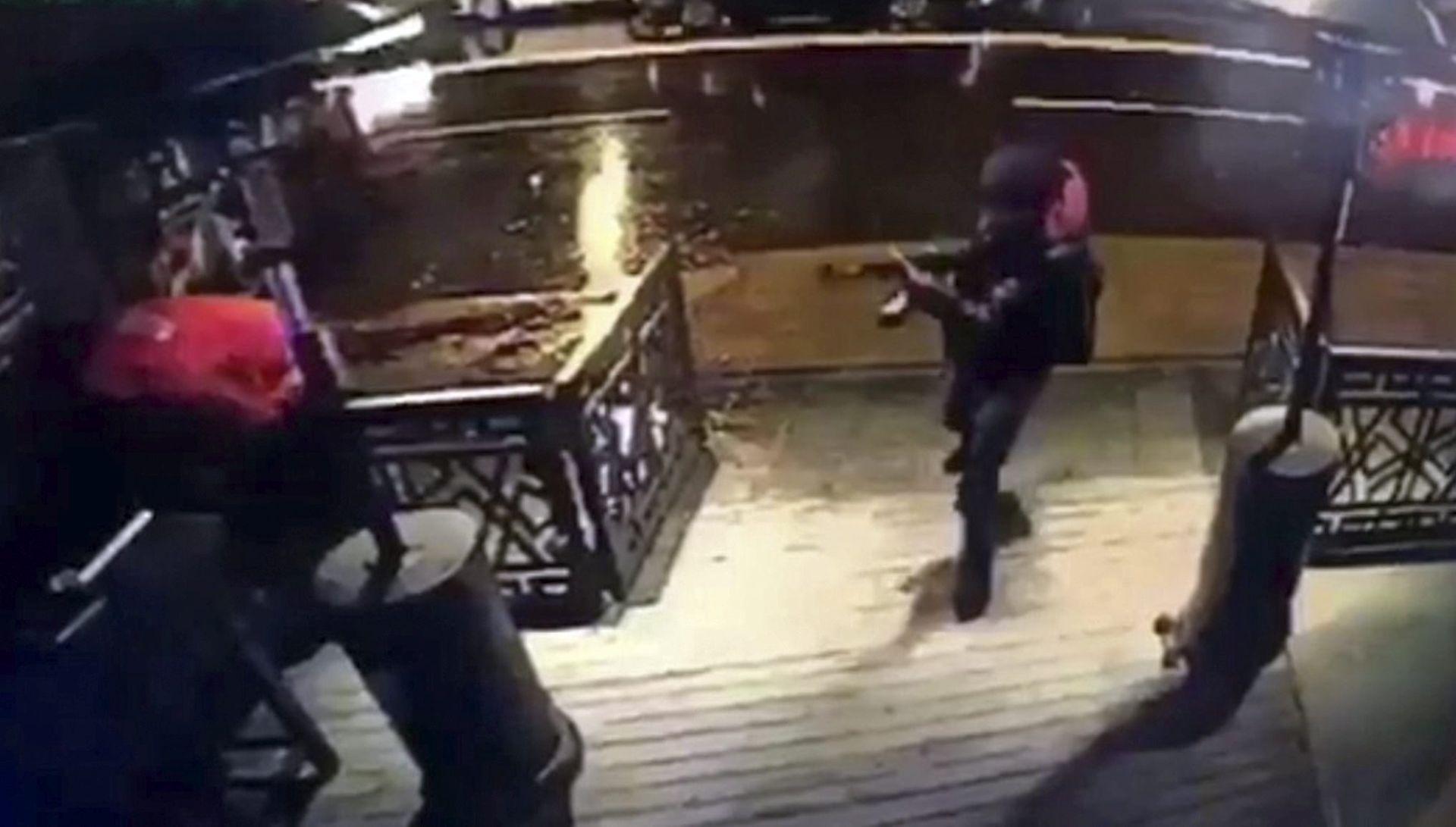Policija i dalje traga za napadačem iz Istanbula