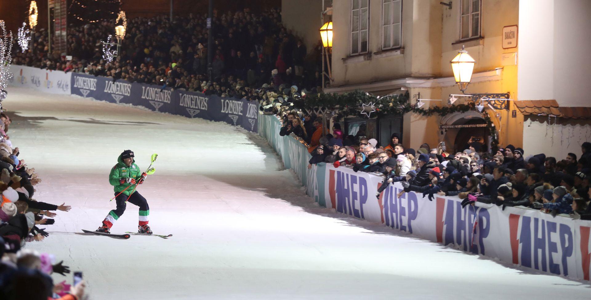 UŽIVO: REVIJALNA UTRKA Legende skijaju u centru Zagreba