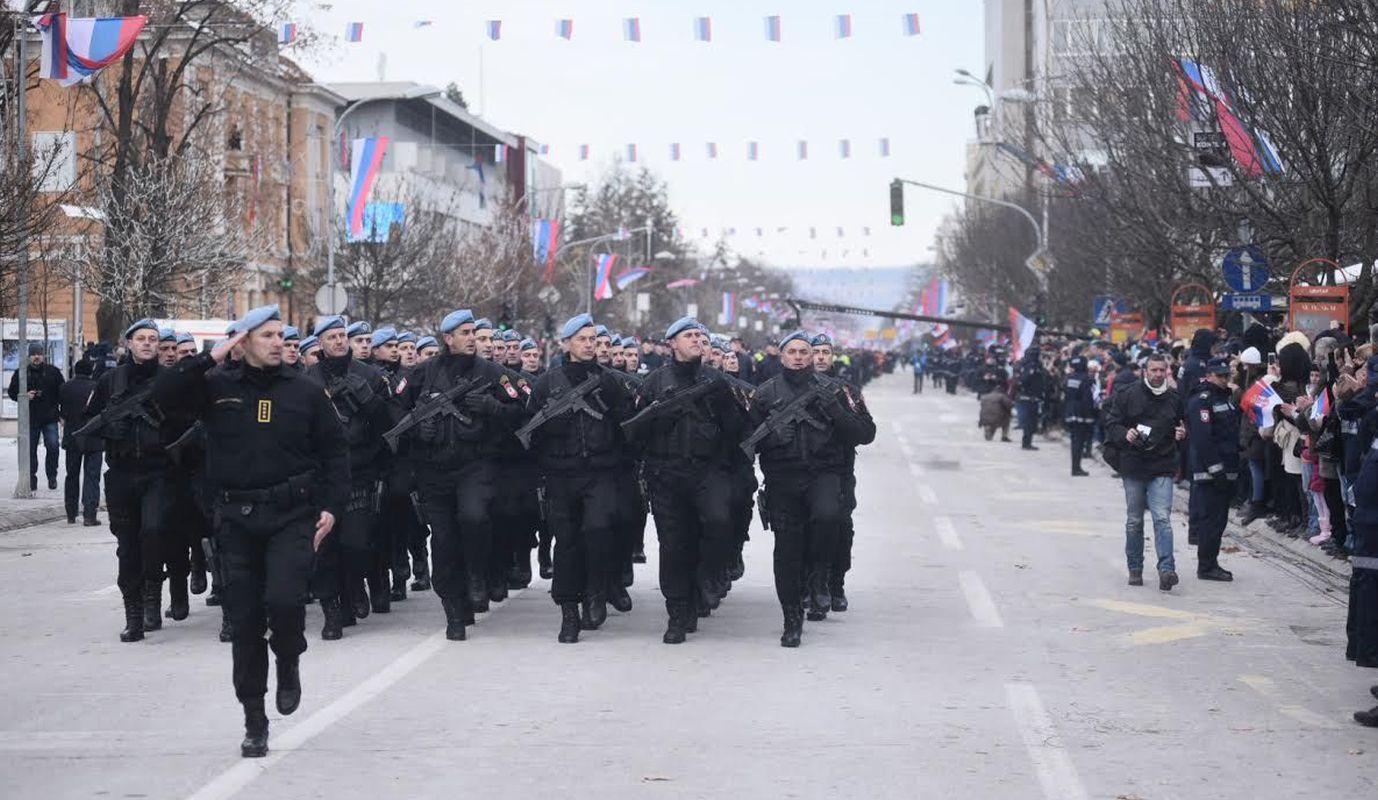 Dodik opet provocira i poziva vojsku uoči 9. siječnja