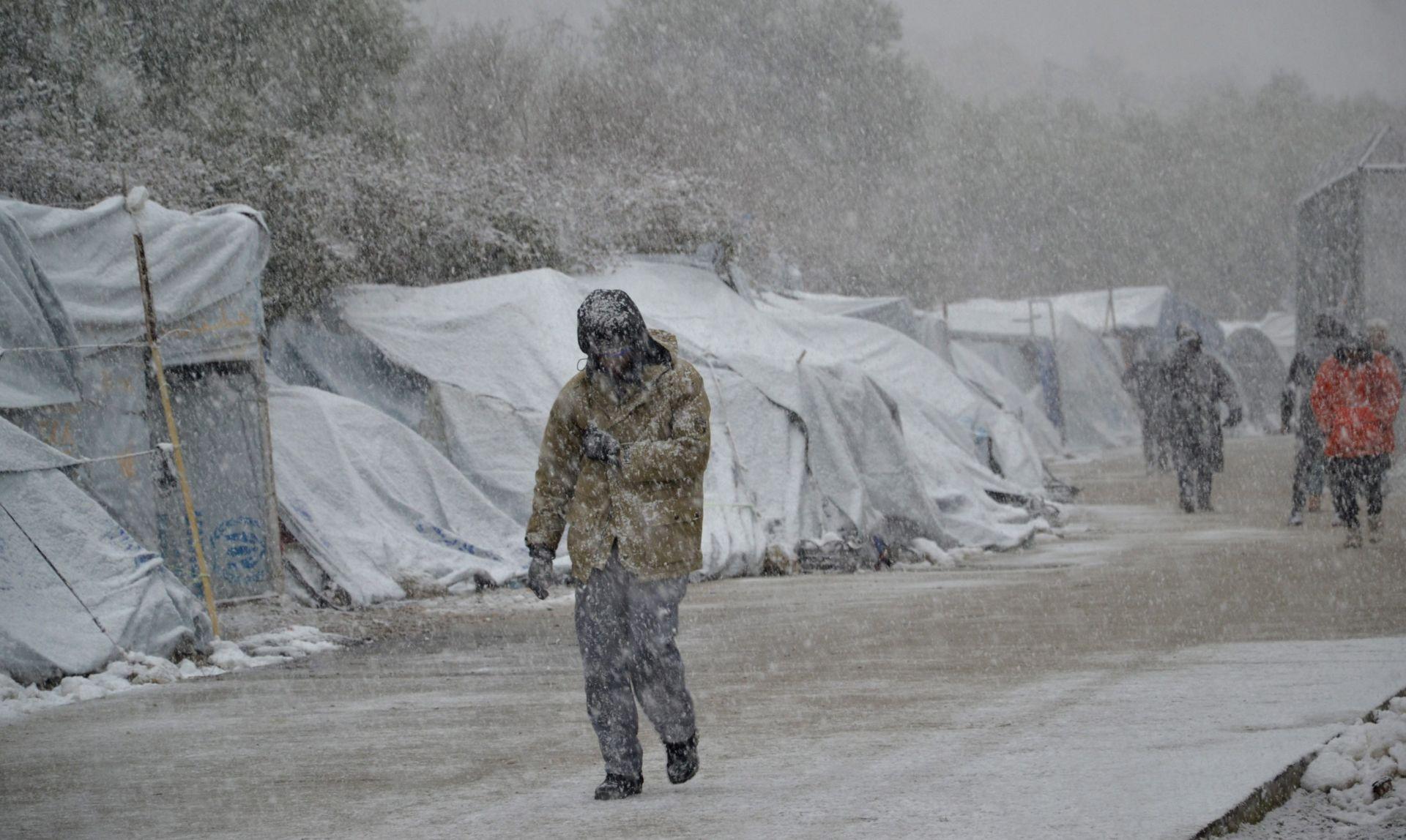 Zastupnici EP-a za pomoć izbjeglicama izloženima hladnoći i snijegu