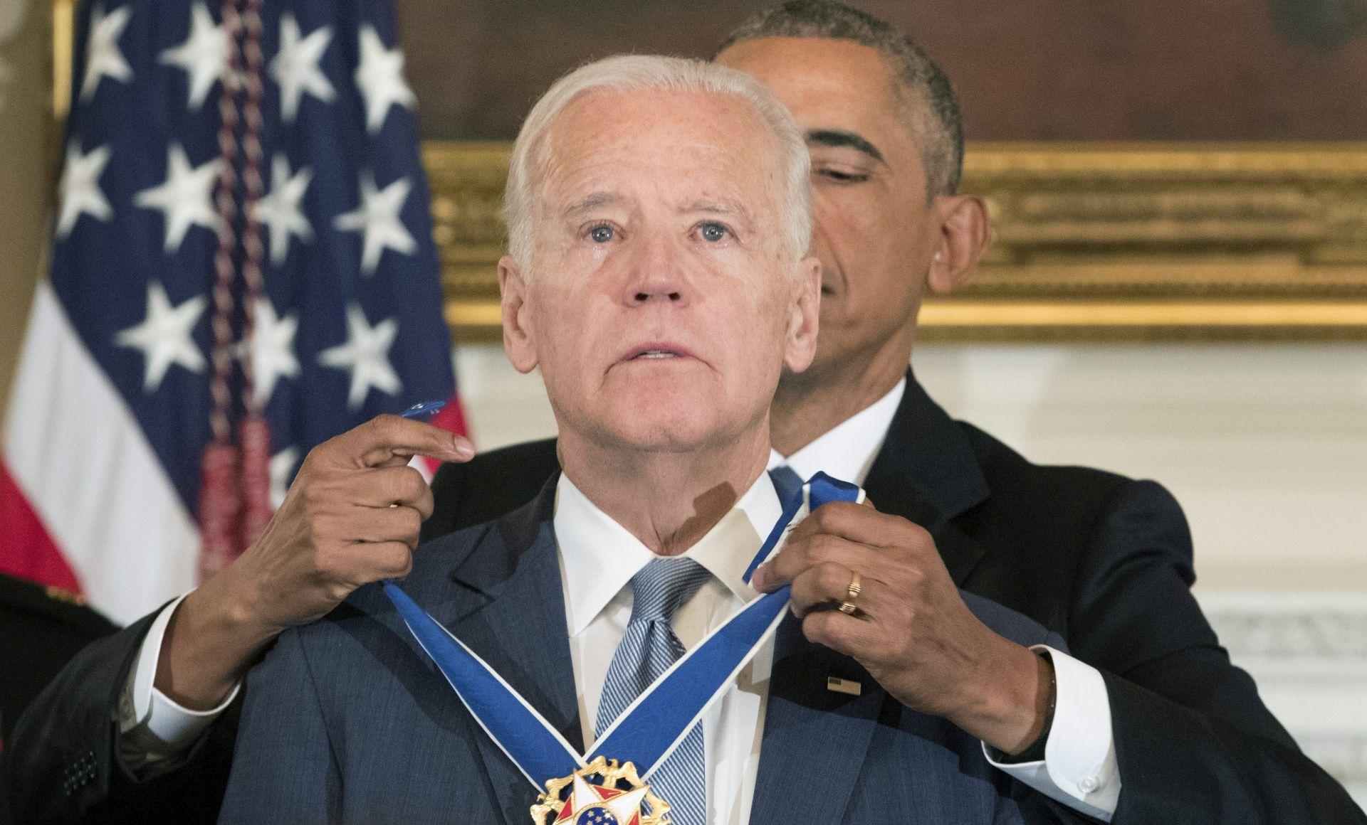 VIDEO: Barack Obama odlikovao zamjenika Joea Bidena