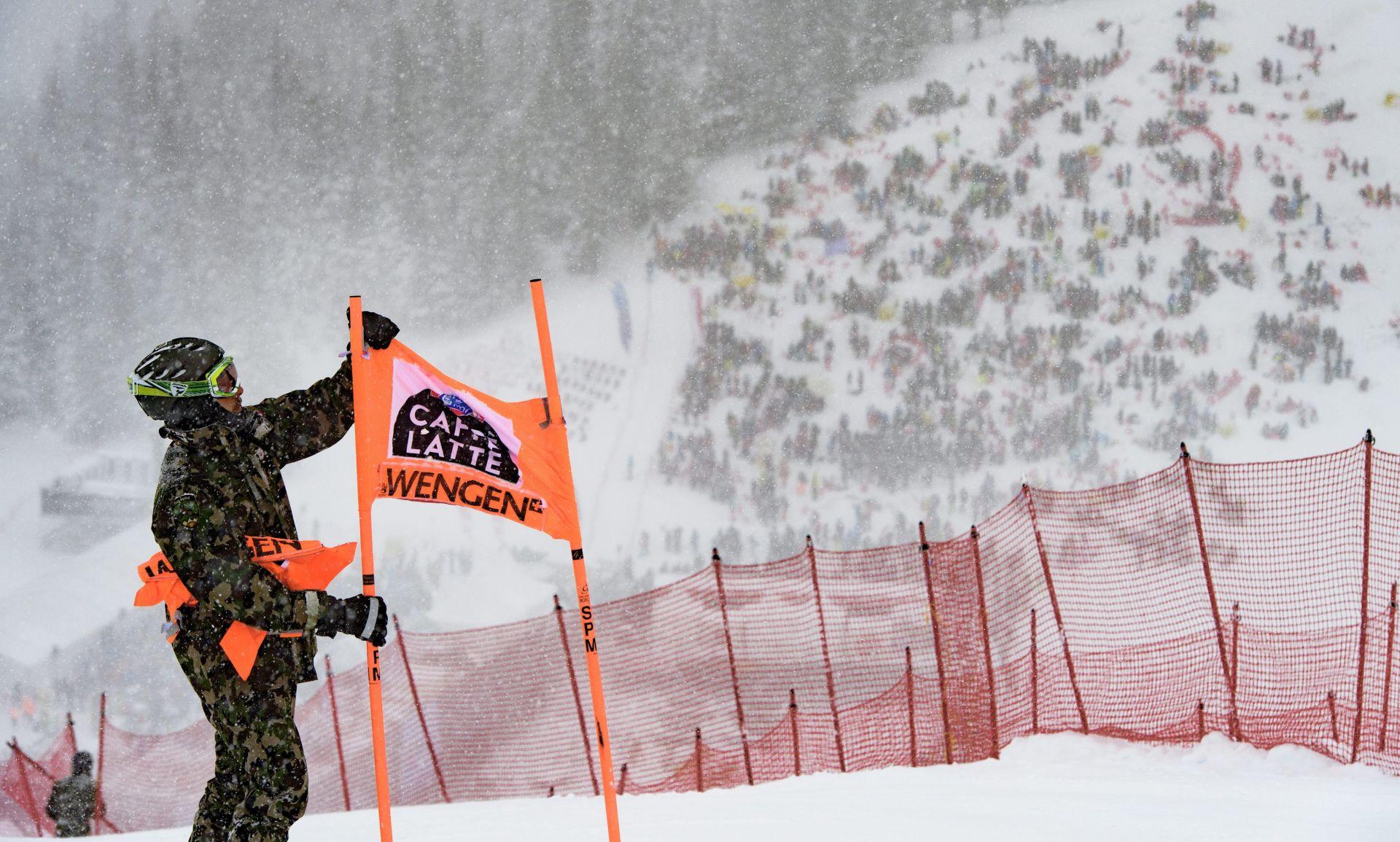 Otkazani spust za skijašice u Altenmarktu i spust za skijaše u Wengenu