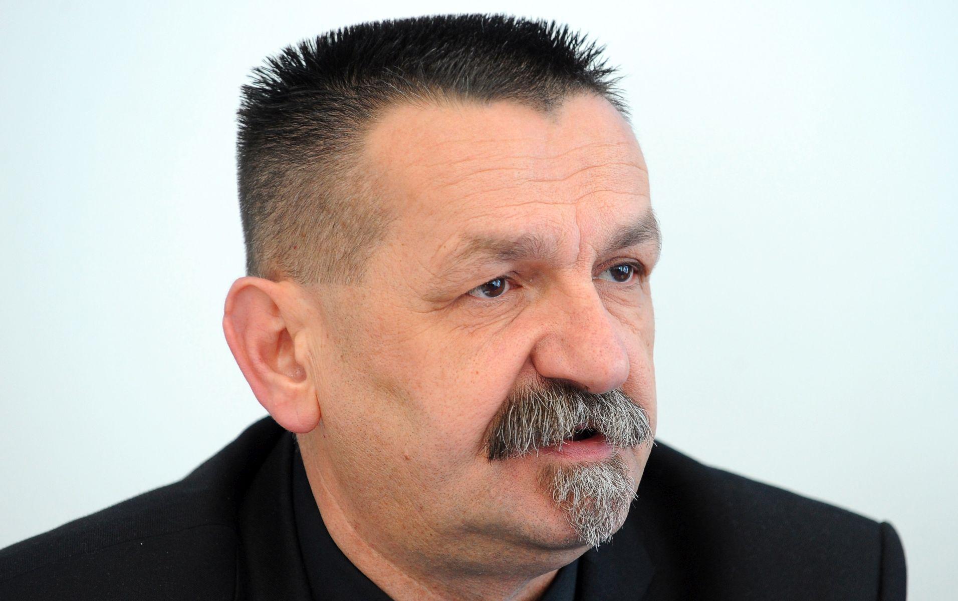 HSP AS na izbore izlazi u svim županijama, neće koalirati sa SDP- om i SDSS-om