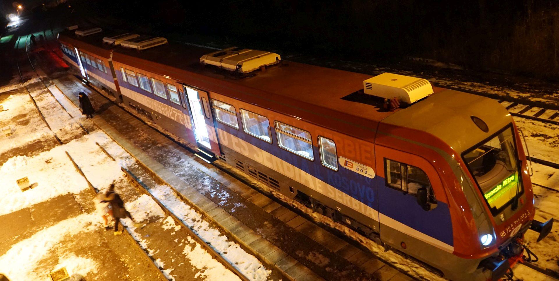 Nikolić prijeti Kosovu slanjem vojske nakon incidenta s vlakom