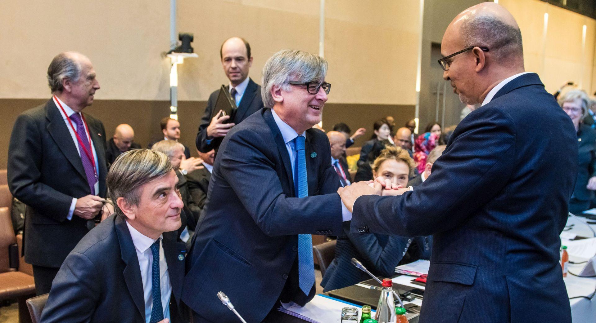 Palestinci zadovoljni, Izrael kritizira bliskoistočnu mirovnu konferenciju u Parizu