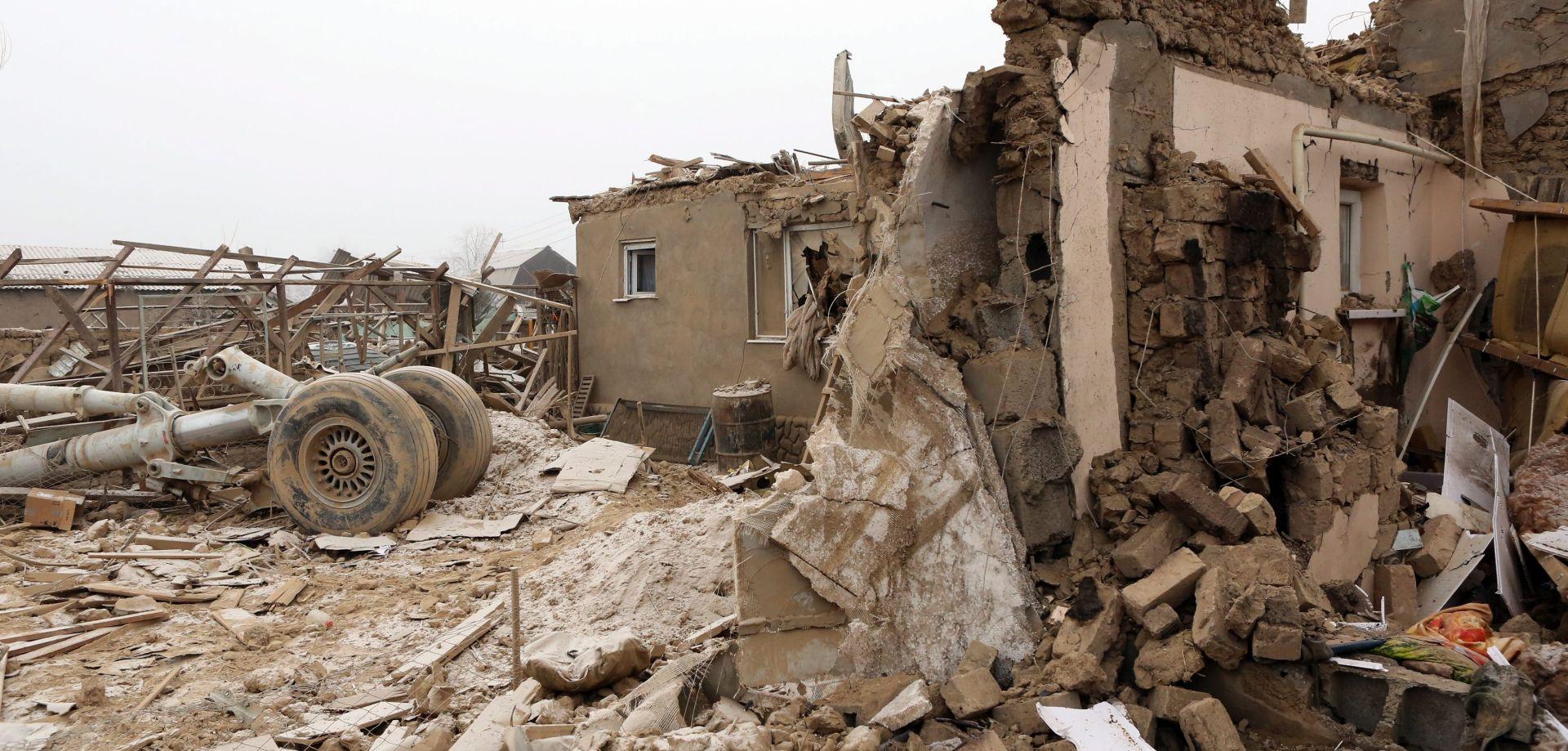 KIRGISTAN Turski teretni zrakolov srušio se na selo kraj zračne luke, najmanje 36 mrtvih