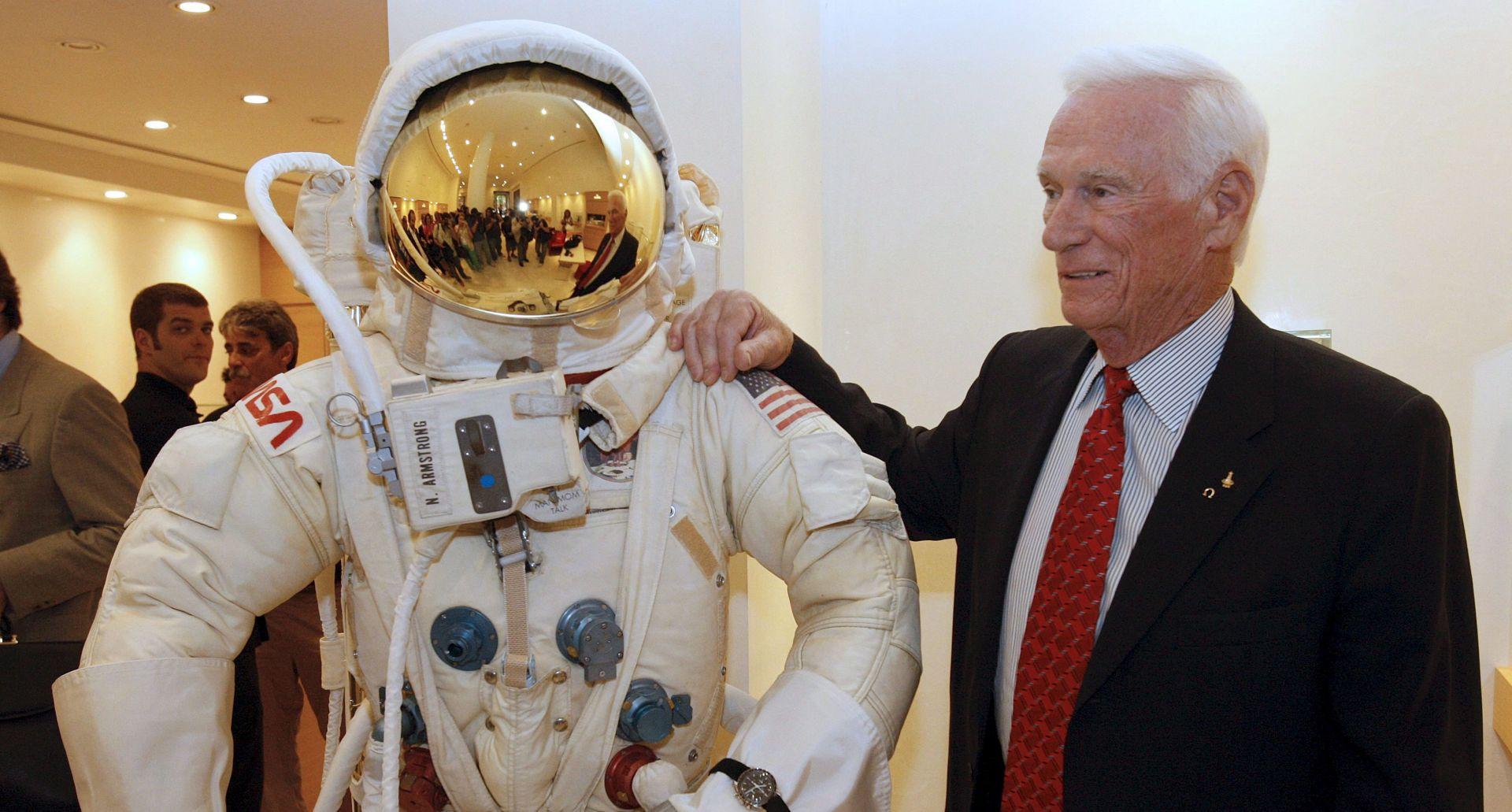 GENE CERNAN Posljednji čovjek koji je hodao Mjesecom, umro u 82. godini